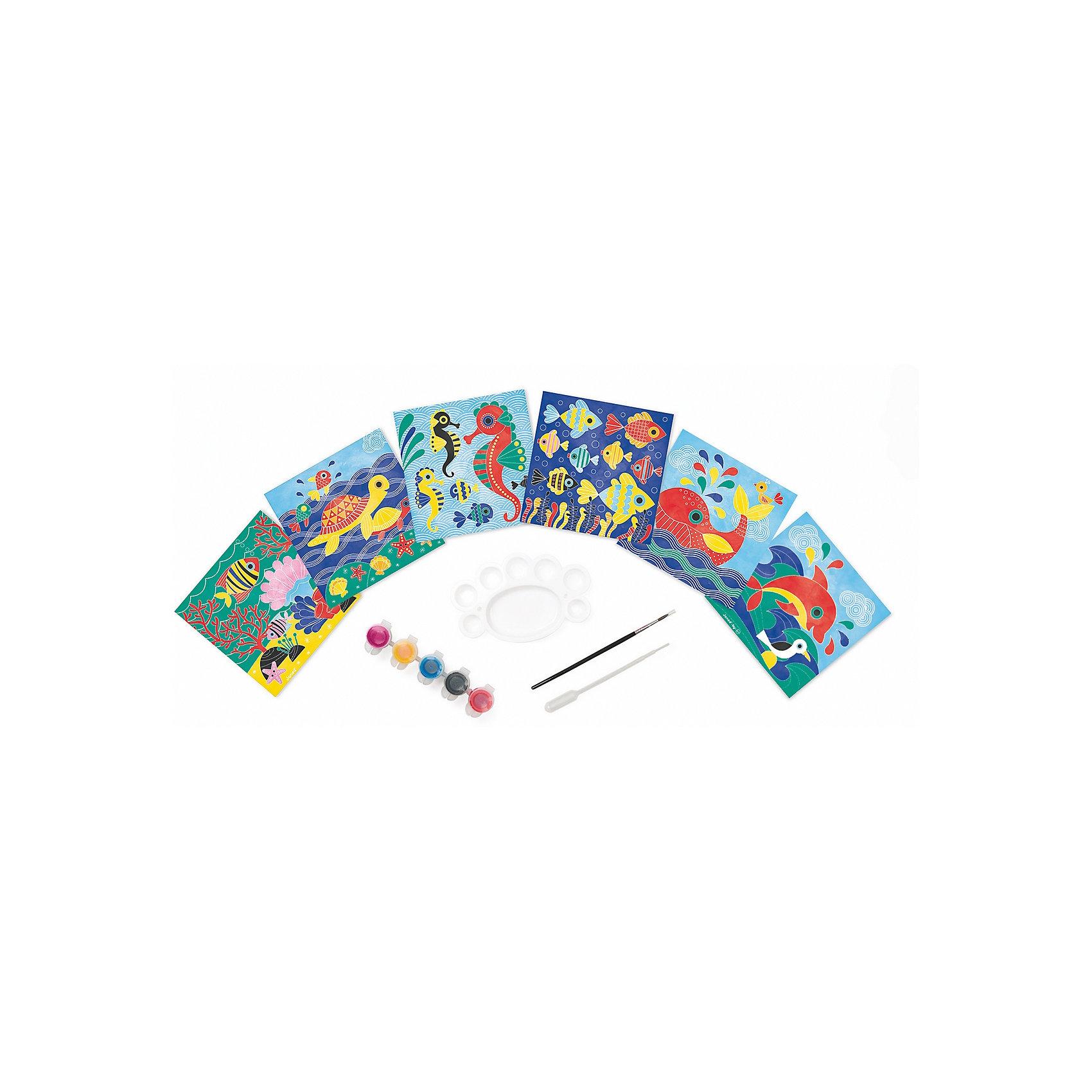 Набор для творчества: рисуем водой. Подводное царство, 6 карточекНабор для творчества: рисуем водой Подводное царство, 6 карточек, Janod (Джанод)<br><br>Характеристики:<br><br>• можно создать новые цвета<br>• полностью безопасен для детей<br>• удобно хранить<br>• в комплекте: краски, палитра, кисточка, пипетка, чемоданчик, карточки<br>• размер упаковки: 26х4 22 см<br>• вес: 700 грамм<br><br>Набор Подводное царство предназначен для веселого и интересного детского творчества. В набор входят 6 карточек, которые ребенку предстоит раскрасить водными красками. Подробная инструкция расскажет, как правильно смешивать и создавать новые цвета при помощи палитры и пипетки. Рисование развивает художественный вкус, аккуратность и усидчивость. Этот набор непременно понравится ребенку!<br><br>Набор для творчества: рисуем водой Подводное царство, 6 карточек, Janod (Джанод) можно купить в нашем интернет-магазине.<br><br>Ширина мм: 26<br>Глубина мм: 21<br>Высота мм: 4<br>Вес г: 600<br>Возраст от месяцев: 48<br>Возраст до месяцев: 2147483647<br>Пол: Женский<br>Возраст: Детский<br>SKU: 4871835