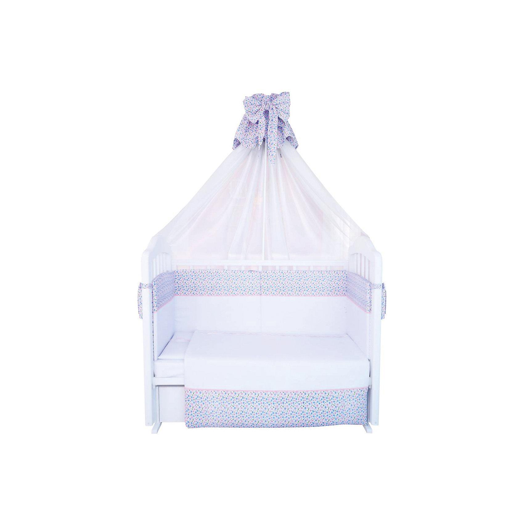 Постельное белье Очарование 7 пред., ФеяПостельное бельё<br>Хорошее постельное белье для детей делается из натуральных материалов. Этот комплект, состоящий из мягкого борта, балдахина, подушки, наволочки, одеяла, пододеяльника и простынки, сшит из хлопка, гипоаллергенного, приятного на ощупь и позволяющего коже дышать. Наполнитель - холлофайбер - обеспечит малышу комфорт и тепло.<br>Все предметы из набора - стандартных размеров, отлично подойдут к обычной кроватке. Простыня - на резинке, это поможет обеспечить малышу комфорт на всю ночь. Комплект украшен вставками из ткани с принтом - на нем малышу будет приятно засыпать! Симпатичная расцветка комплекта отлично подойдет к интерьеру детской.<br><br>Дополнительная информация:<br><br>цвет: белый, принт;<br>материал: 100% хлопок, вуаль, холлофайбер;<br>мягкий: 360 х 35 см;<br>балдахин: 150 х 300 см;<br>подушка: 40 х 60 см; <br>наволочка: 60 х 40 см;<br>одеяло: 110 х 140 см;<br>пододеяльник: 110 х 140 см;<br>простыня на резинке: 120 х 60 см.<br><br>Постельное белье Очарование 7 пред., торговой марки Фея можно купить в нашем магазине.<br><br>Ширина мм: 500<br>Глубина мм: 600<br>Высота мм: 100<br>Вес г: 3200<br>Возраст от месяцев: 0<br>Возраст до месяцев: 36<br>Пол: Унисекс<br>Возраст: Детский<br>SKU: 4873640