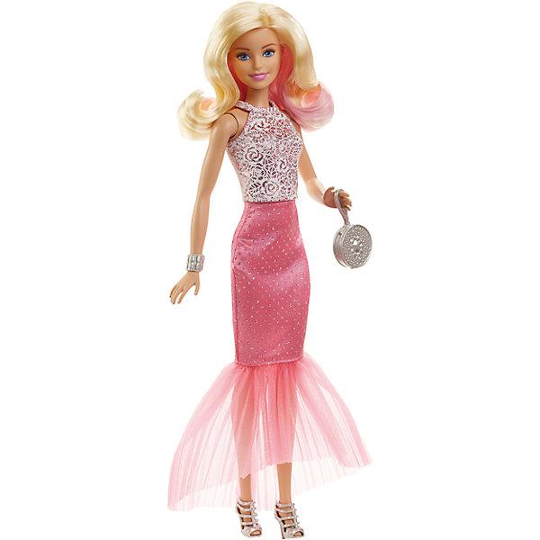 Кукла в вечернем платье-трансформере, BarbieКуклы<br>Характеристики:<br><br>• возраст: от 3 лет;<br>• материал: пластмасса, текстиль;<br>• в наборе: кукла, аксессуары;<br>• высота куклы: 29 см;<br>• размер упаковки: 32х15х6 см;<br>• страна бренда: США.<br><br>Кукла Barbie в вечернем платье приготовилась к светскому мероприятию. Игрушка одета в розовую юбку с пышным подолом и кружевную блузку. Завершают стильный образ серебристые босоножки, сумочка и браслет.<br><br>Кукла имеет подвижные части тела, что делает игры еще интересней. Волосы можно расчесывать и делать разные прически, что обязательно понравится девочке. Волосы куклы прошиты, поэтому легко выдерживают многократные эксперименты. Игрушка выполнена из безопасных материалов.<br><br>Куклу в вечернем платье, Barbie можно купить в нашем интернет-магазине.<br>Ширина мм: 330; Глубина мм: 170; Высота мм: 330; Вес г: 279; Возраст от месяцев: 36; Возраст до месяцев: 396; Пол: Женский; Возраст: Детский; SKU: 4874137;