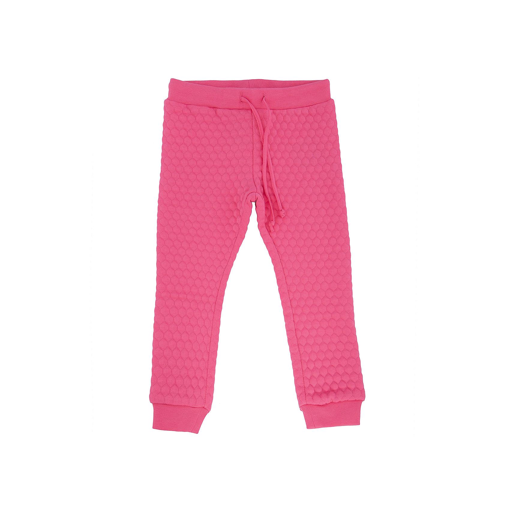 Брюки для девочки SELAСпортивная форма<br>Модные, яркие брюки для Вашей девочки.<br>У брюк очень хорошая посадка, приятная на ощупь ткань и их можно комбинировать с чем угодно.<br><br>Дополнительная информация:<br><br>- Прямой крой, слегка зауженный к низу.<br>- Цвет: розовый.<br>- Состав: 50% хлопок, 40% ПЭ, 10% эластан.<br>- Бренд: SELA<br><br>Купить брюки для девочки от SELA можно в нашем магазине.<br><br>Ширина мм: 215<br>Глубина мм: 88<br>Высота мм: 191<br>Вес г: 336<br>Цвет: розовый<br>Возраст от месяцев: 60<br>Возраст до месяцев: 72<br>Пол: Женский<br>Возраст: Детский<br>Размер: 92,98,104,110,116<br>SKU: 4883617
