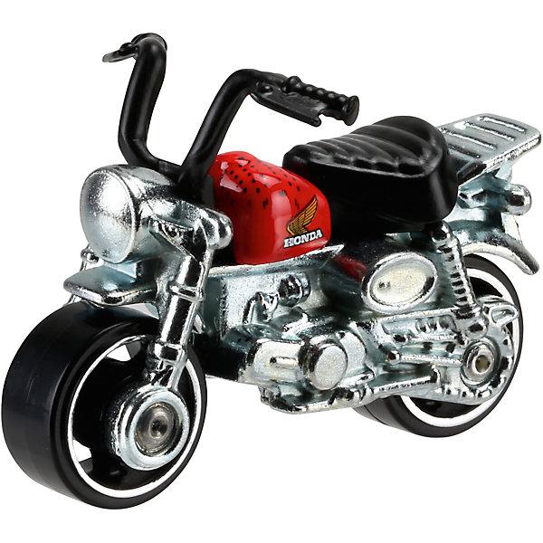 Машинка Hot Wheels из базовой коллекцииПопулярные игрушки<br>Машинка Hot Wheels из базовой коллекции – высококачественная масштабная модель машины, имеющая неординарный, радикальный дизайн. <br><br>В упаковке 1 машинка,  машинки тематически обусловлены от фантазийных, спасательных до экстремальных и просто скоростных машин. <br><br>Соберите свою коллекцию машинок Hot Wheels!<br><br>Дополнительная информация: <br><br>Машинка стандартного размера Hot Wheels<br>Размер упаковки: 11 х 10,5 х 3,5 см<br>Ширина мм: 110; Глубина мм: 45; Высота мм: 110; Вес г: 30; Возраст от месяцев: 36; Возраст до месяцев: 96; Пол: Мужской; Возраст: Детский; SKU: 4888909;