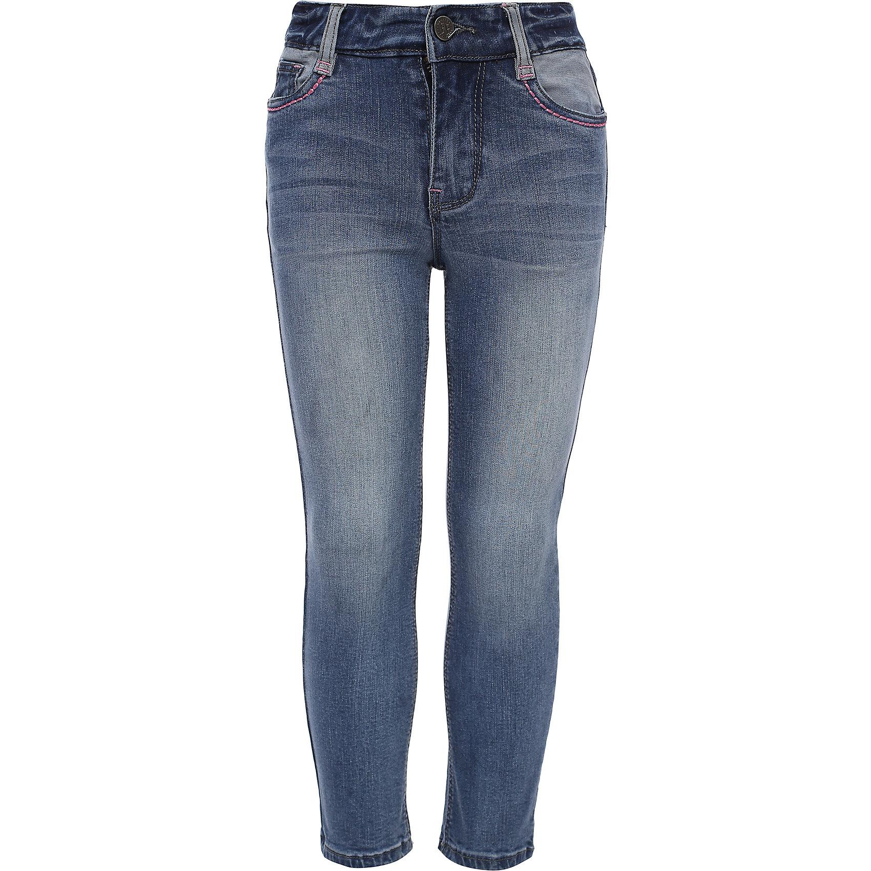 Брюки для девочки Finn FlareДжинсы<br>Брюки известной марки Finn Flare.<br><br>Узкие брюки для девочки стилизованы под джинсы, имеют карманы, застегиваются на молнию и пуговицу. Брюки можно подкатить – с окантовкой девочка будет модно выглядеть. Брюки имеют небольшую потертость, подчеркивающую стиль девочки. <br><br>Фактура материала: Деним<br>Вид застежки: Молния <br>Тип карманов: Втачные<br><br>Состав: 98% хлопок, 2% эластан<br><br>Брюки для девочки Finn Flare можно купить в нашем интернет-магазине.<br><br>Ширина мм: 215<br>Глубина мм: 88<br>Высота мм: 191<br>Вес г: 336<br>Цвет: голубой<br>Возраст от месяцев: 48<br>Возраст до месяцев: 60<br>Пол: Женский<br>Возраст: Детский<br>Размер: 110<br>SKU: 4890090