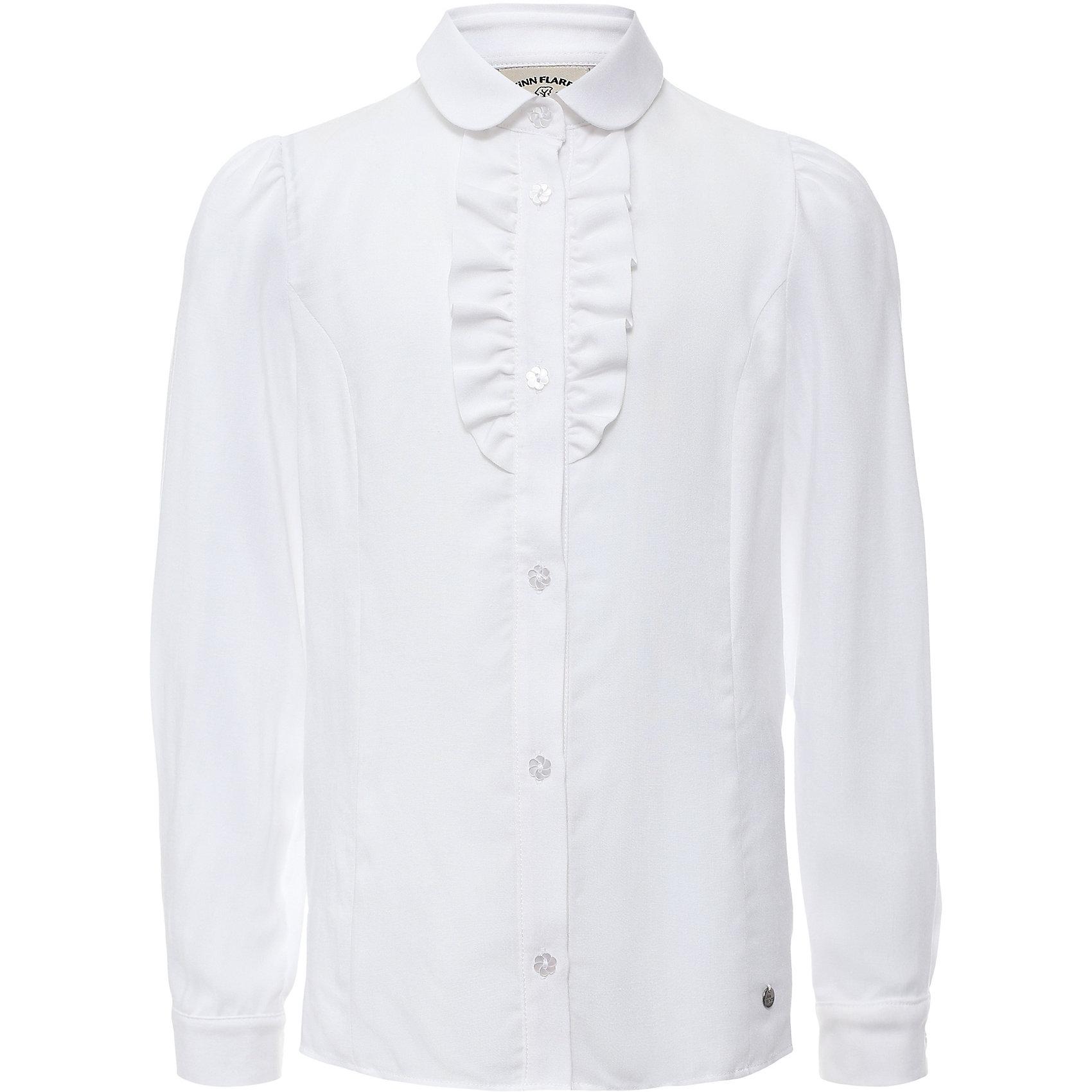 Блузка для девочки Finn FlareБлузка для девочки известной марки Finn Flare.<br><br>Школьная блузка для девочки украшена волнами у ворота, имеет декоративные пуговицы-цветочки. Блузка с длинными рукавами, которые имеют узкие манжеты на пуговичках. Рукава блузки можно подкатить – получится блузка с рукавами на 3/4. <br><br>Фактура материала: Текстильный<br>Вид застежки: Пуговицы<br>Длина рукава: Длинные<br>Тип карманов: Без карманов<br><br>Состав: 95% вискоза, 5% эластан<br><br>Блузку для девочки Finn Flare можно купить в нашем интернет-магазине.<br><br>Ширина мм: 186<br>Глубина мм: 87<br>Высота мм: 198<br>Вес г: 197<br>Цвет: белый<br>Возраст от месяцев: 120<br>Возраст до месяцев: 132<br>Пол: Женский<br>Возраст: Детский<br>Размер: 146,116,158,152,140,134,128,122<br>SKU: 4890167