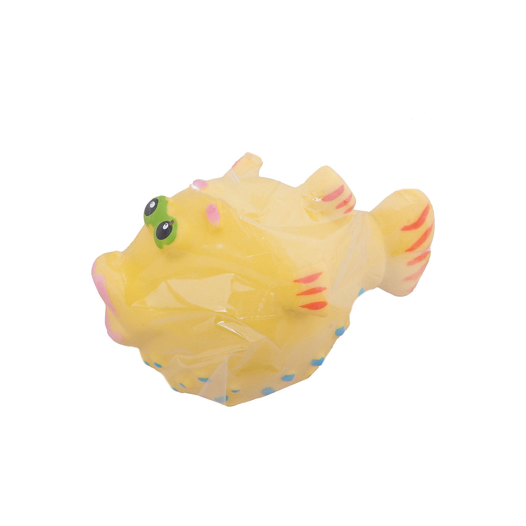 Рыбка Еж, КудесникиРыбка Еж, Кудесники<br><br>Характеристики:<br><br>• Материал: пластизоль<br>• Размер: 12х5 см<br>• Игрушка: рыбка<br>• Цвет: голубая<br><br>Классический дизайн игрушки неизменно привлекает каждого ребенка уже долгие годы. Сделана игрушка из качественного материала, который не вредит ребенку и не вызывает аллергии. Ее смело можно грызть, брать с собой в ванну, ведь игрушка совершенно не боится воды и влаги. А еще, рыбка умеет пускать водичку изо рта. <br><br>Рыбка Еж, Кудесники можно купить в нашем магазине.<br><br>Ширина мм: 100<br>Глубина мм: 50<br>Высота мм: 60<br>Вес г: 400<br>Возраст от месяцев: 12<br>Возраст до месяцев: 36<br>Пол: Унисекс<br>Возраст: Детский<br>SKU: 4896484