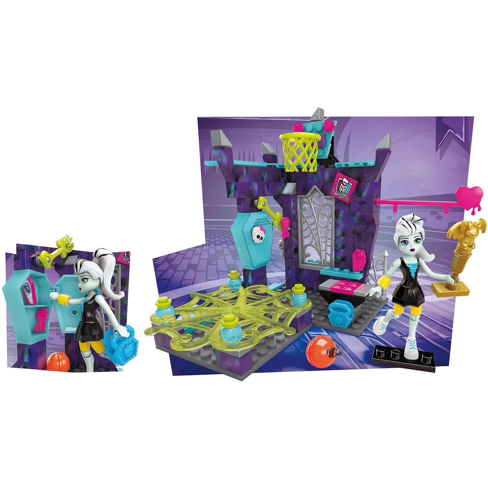 Monster High: Игровой набор Класс физкультуры, MEGA BLOKSПластмассовые конструкторы<br>Куклы Monster High - любимые героини многих современных девочек. Эти персонажи стильные и спортивные. Игры с их фигурками и аксессуарами помогают детям развивать воображение, мелкую моторику, логику и творческое мышление.<br>Этот набор состоит из фигурки Фрэнки Штейн и конструктора - спортивного зала, а также аксессуаров. С ними можно придумать множество вариантов  игр!<br><br>Дополнительная информация:<br><br>цвет: разноцветный;<br>материал: пластик;<br>возраст: от шести лет.<br><br>Monster High: Игровой набор Класс физкультуры, от MEGA BLOKS можно купить в нашем магазине.<br><br>Ширина мм: 228<br>Глубина мм: 159<br>Высота мм: 48<br>Вес г: 249<br>Возраст от месяцев: 72<br>Возраст до месяцев: 144<br>Пол: Унисекс<br>Возраст: Детский<br>SKU: 4899978