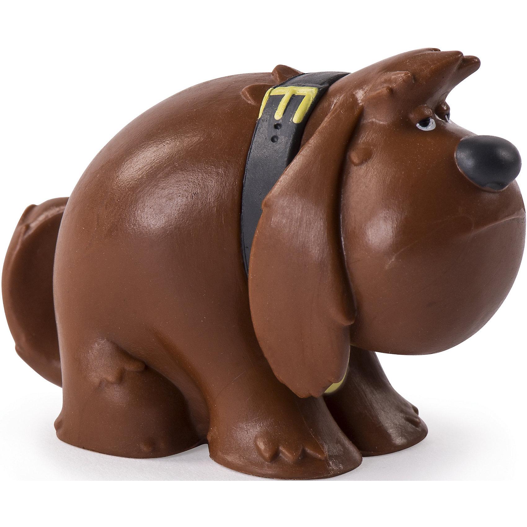 Мини-фигурка Коричневый пес Дюк, Тайная жизнь домашних животныхМир животных<br>Характеристики игрушки:<br><br>• Предназначение: для сюжетно-ролевых и подвижных игр, для коллекционирования<br>• Пол: универсальный<br>• Цвет: коричневый, черный<br>• Материал: пластик<br>• Вес: 80 гр.<br>• Размеры: 3-5 см<br><br>Мини-фигурка Коричневый пес Дюк, Тайная жизнь домашних животных от канадского торгового бренда Spin Master выполнена из качественного пластика, окрашенного экологически безопасными красками. Фигурка пса полностью повторяет облик своего экранного протопипа из фильма Тайная жизнь домашних животных. Мини-фигурки можно использовать в сюжетно-ролевых играх и воспроизвести полюбившиеся сюжеты из фильма или придумать свои истории со знаменитыми героями. Сюжетно-ролевые игры с мини-фигурками будут способствовать развитию коммуникативной речи, воображения и фантазии.<br><br>Мини-фигурку Коричневого пса Дюки, Тайная жизнь домашних животных можно купить в нашем интернет-магазине.<br><br>Подробнее:<br>Для детей в возрасте: от 3 и до 12 лет<br>Номер товара: 4905837<br>Страна производитель: Китай<br><br>Ширина мм: 95<br>Глубина мм: 145<br>Высота мм: 20<br>Вес г: 25<br>Возраст от месяцев: 36<br>Возраст до месяцев: 144<br>Пол: Унисекс<br>Возраст: Детский<br>SKU: 4905837