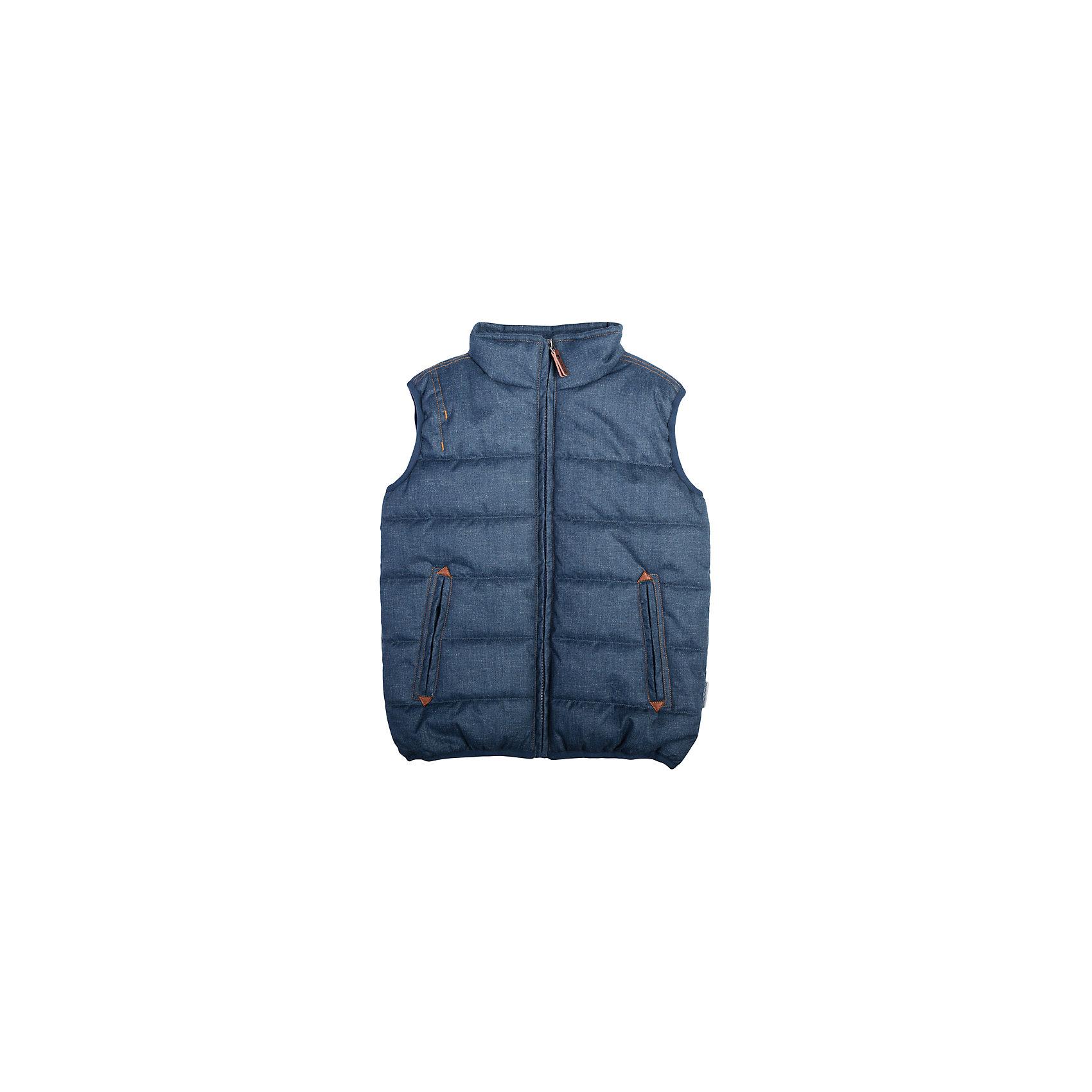 Жилет для мальчика ScoolВерхняя одежда<br>Жилет для мальчика из коллекции «Скорость» от известного бренда Scool. Стильный и удобный  стеганый жилет на осень/весну. Приятный дизайн «под джинсовую ткань» сочетается с кожаными деталями и придет по вкусу вашему ребенку. У куртки имеются два удобных кармана, высокий воротник защитит от ветра и холода. Стиль жилета позволяет носить с ним как классические вещи, так и спортивные.<br><br>Дополнительная информация:<br>- Силуэт: прямой<br>- Длина: средняя<br><br>Состав: Верх: 100% полиэстер, Подкладка: 100% полиэстер, Наполнитель: 100% полиэстер, 250 г/м2<br><br>Жилет для мальчика Scool можно купить в нашем интернет-магазине.<br><br>Подробнее:<br>• Для детей в возрасте: от 8 до 14 лет<br>• Номер товара: 4911395<br>Страна производитель: Китай<br><br>Ширина мм: 356<br>Глубина мм: 10<br>Высота мм: 245<br>Вес г: 519<br>Цвет: синий<br>Возраст от месяцев: 120<br>Возраст до месяцев: 132<br>Пол: Мужской<br>Возраст: Детский<br>Размер: 146,134,158,140,152,164<br>SKU: 4911394