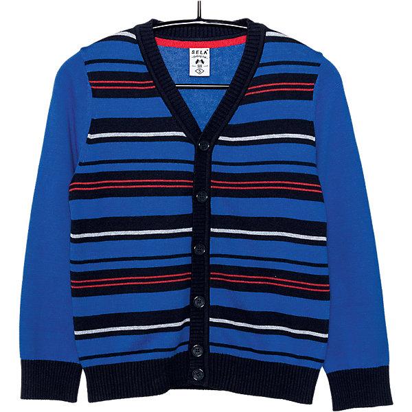 Кардиган для мальчика SELAСвитера и кардиганы<br>Детская одежда от SELA - это качественные модные вещи по привлекательным ценам. Данная модель относится к коллекции нового сезона, она учитывает последние тренды в моде, поэтому смотрится стильно, с ней можно создать множество ансамблей.<br>Этот жакет украшен вязаным рисунком. Рукава - длинные, силуэт классический, прямой. Резинки на рукавах и внизу изделия обеспечат ребенку тепло и удобство. Застегивается на пуговицы. Изделие сшито из тщательно подобранных материалов, абсолютно безопасных для ребенка.<br><br><br>Дополнительная информация:<br><br>цвет: синий;<br>состав: 100% хлопок;<br>резинки на рукавах и внизу изделия;<br>украшен вязаным рисунком;<br>пуговицы;<br>рукава длинные.<br><br>Жакет для мальчика от компании SELA можно купить в нашем магазине.<br>Ширина мм: 190; Глубина мм: 74; Высота мм: 229; Вес г: 236; Цвет: синий; Возраст от месяцев: 24; Возраст до месяцев: 36; Пол: Мужской; Возраст: Детский; Размер: 98,104,116,92,110; SKU: 4912947;