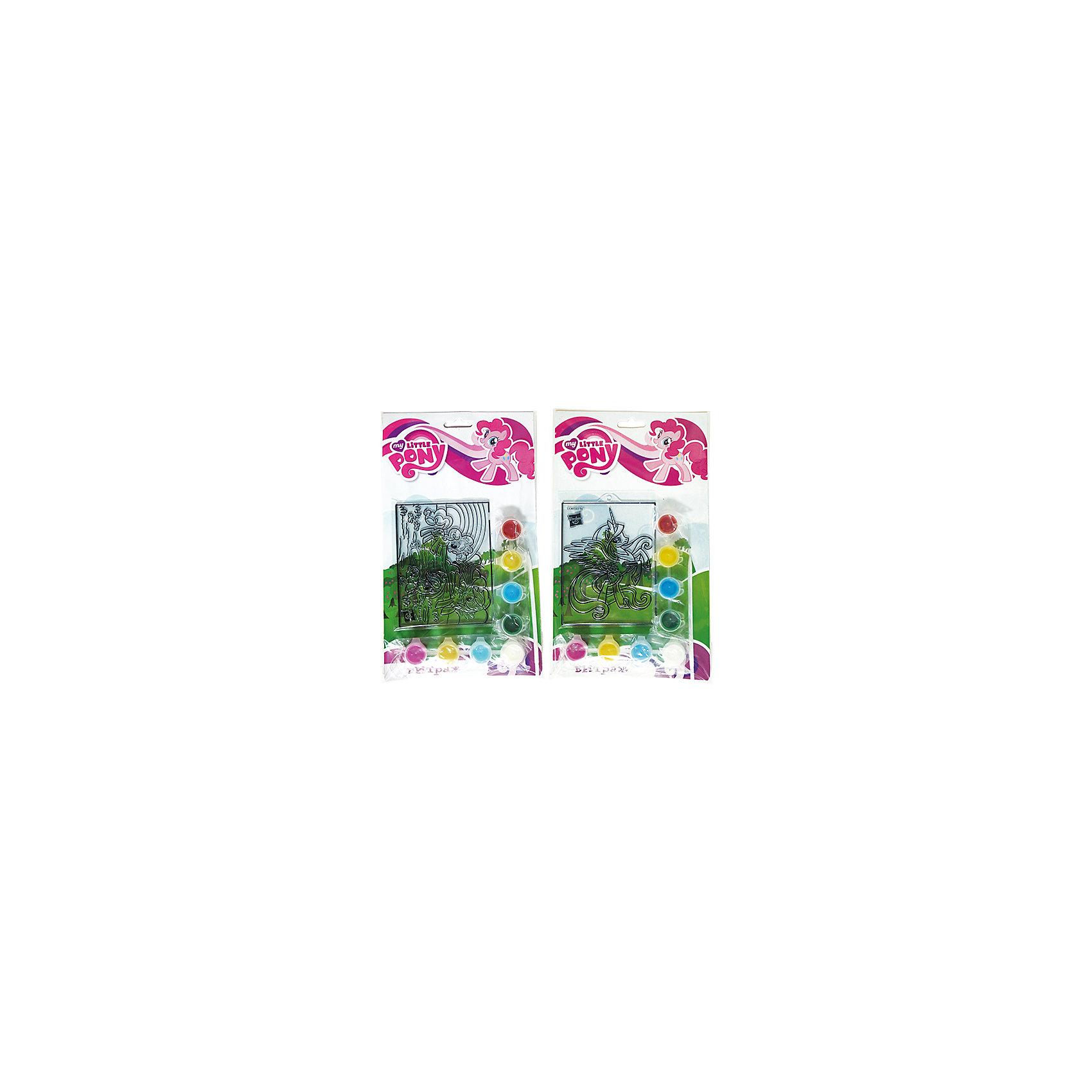Витраж с красками и кистью, My Little Pony, в ассортиментеВитражи<br>С витражным набором My Little Pony ребенок сможет создать яркую картинку с любимым персонажем. Краски легко наносятся на основу с помощью кисточки, входящей в комплект. В этом наборе есть все для развития воображения и хорошего настроения девочки!<br>Дополнительная информация:<br>-в наборе: основа, 8 баночек с краской, кисточка<br>Сказочный персонаж: My Little Pony<br>-вес: 90 грамм<br>-размер упаковки: 17х28х2 см<br>Набор My Little Pony вы можете приобрести в нашем интернет-магазине.<br><br>Ширина мм: 20<br>Глубина мм: 280<br>Высота мм: 170<br>Вес г: 90<br>Возраст от месяцев: 36<br>Возраст до месяцев: 84<br>Пол: Женский<br>Возраст: Детский<br>SKU: 4915463