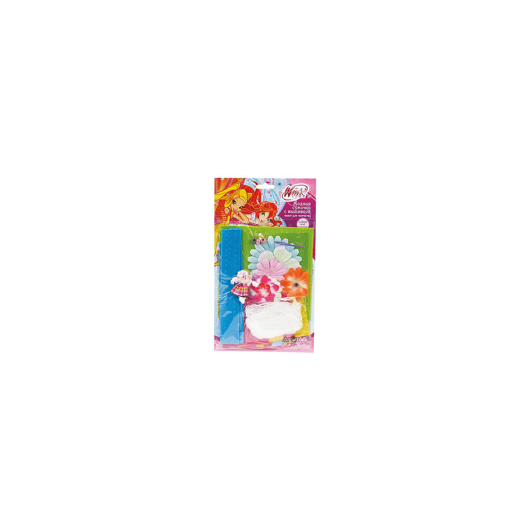 Набор с вышивкойМодная сумочка, Winx ClubНабор Модная сумочка поможет девочке создать очаровательный аксессуар с феями Винкс, который прекрасно подойдет к ее гардеробу. Иголка, входящая в набор безопасна и исключает возможно случайных царапин. Такое творчество развивает воображение, усидчивость и мелкую моторику. Прекрасный подарок стильным девочкам, любящим вещи, сделанные своими руками!<br>Дополнительная информация:<br>-в наборе: 6 отрезков ткани, моток пряжи, 1 пластиковая иголка, кукла, 10 искусственных цветов, 2 бусины<br>Сказочный персонаж: Winx Club<br>-вес: 50 грамм<br>-размер упаковки: 1х22х29 см<br>Набор с вышивкой Winx Club вы можете приобрести в нашем интернет-магазине.<br><br>Ширина мм: 290<br>Глубина мм: 220<br>Высота мм: 10<br>Вес г: 50<br>Возраст от месяцев: 72<br>Возраст до месяцев: 120<br>Пол: Женский<br>Возраст: Детский<br>SKU: 4915512