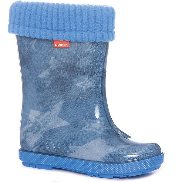 Резиновые сапоги Hawai Lux Print для мальчика DEMARРезиновые сапоги<br>Характеристики товара:<br><br>• цвет: голубой<br>• материал верха: ПВХ<br>• материал подкладки: текстиль <br>• материал подошвы: ПВХ<br>• температурный режим: от 0° до +15° С<br>• верх не продувается<br>• съемный чулок<br>• стильный дизайн<br>• страна бренда: Польша<br>• страна изготовитель: Польша<br><br>Осенью и весной ребенку не обойтись без непромокаемых сапожек! Чтобы не пропустить главные удовольствия межсезонья, нужно запастись удобной обувью. Такие сапожки обеспечат ребенку необходимый для активного отдыха комфорт, а подкладка из текстиля позволит ножкам оставаться теплыми. Сапожки легко надеваются и снимаются, отлично сидят на ноге. Они удивительно легкие!<br>Обувь от польского бренда Demar - это качественные товары, созданные с применением новейших технологий и с использованием как натуральных, так и высокотехнологичных материалов. Обувь отличается стильным дизайном и продуманной конструкцией. Изделие производится из качественных и проверенных материалов, которые безопасны для детей.<br><br>Сапожки от бренда Demar (Демар) можно купить в нашем интернет-магазине.<br><br>Ширина мм: 257<br>Глубина мм: 180<br>Высота мм: 130<br>Вес г: 420<br>Цвет: синий<br>Возраст от месяцев: 15<br>Возраст до месяцев: 21<br>Пол: Мужской<br>Возраст: Детский<br>Размер: 22/23,26/27,24/25<br>SKU: 4916640