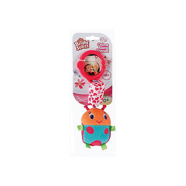 Развивающая игрушка Звонкий дружок, Божья коровка, Bright StartsИгрушки для новорожденных<br>Развивающая игрушка Звонкий дружок, Божья коровка от знаменитого американского бренда Bright Starts (Брайт стартс). Яркая и веселая плюшевая игрушка в виде божьей коровки изготовлена из разного типа текстур и делает игру малыша еще интереснее! Подушечка над коровкой наполнена колокольчиками, и издает приятный звон, а если потянуть за саму божью коровку, то она будет вибрировать. Игрушка поможет развить звуковое, цветовое и тактильное восприятие ребенка. Кроме того, у нее имеется удобное крепление, что позволяет повесить ее на коляску, переноску или интерактивный коврик.<br>- Дополнительная информация:<br>- Материал: пластик, текстиль<br>- Размер 9 * 5 * 26 см.<br><br>Развивающую игрушку «Звонкий дружок, Божья коровка, Bright Starts можно купить в нашем интернет-магазине.<br><br>Подробнее:<br>• Для детей в возрасте: от 0 месяцев до 1 года<br>• Номер товара: 4918360<br>Страна производитель: Китай<br><br>Ширина мм: 150<br>Глубина мм: 260<br>Высота мм: 90<br>Вес г: 87<br>Возраст от месяцев: 0<br>Возраст до месяцев: 12<br>Пол: Унисекс<br>Возраст: Детский<br>SKU: 4918360