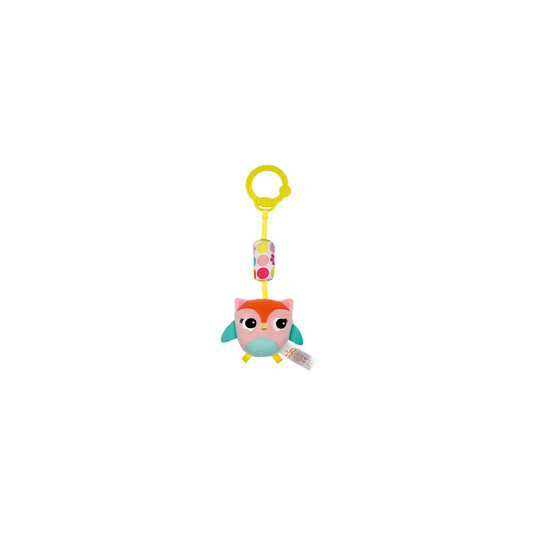 Развивающая игрушка Звонкий дружок, Сова, Bright StartsРазвивающие игрушки<br>Развивающая игрушка Звонкий дружок, Сова от знаменитого американского бренда Bright Starts (Брайт стартс). Яркая и веселая плюшевая игрушка в виде совы изготовлена из разного типа текстур и делает игру малыша еще интереснее! Подушечка над совой наполнена колокольчиками, и издает приятный звон, а если потянуть за саму сову, то она будет вибрировать. Игрушка поможет развить звуковое, цветовое и тактильное восприятие ребенка. Кроме того, у нее имеется удобное крепление, что позволяет повесить ее на коляску, переноску или интерактивный коврик.<br>- Дополнительная информация:<br>- Материал: пластик, текстиль<br>- Размер 9 * 5 * 26 см.<br><br>Развивающую игрушку «Звонкий дружок, Сова, Bright Starts можно купить в нашем интернет-магазине.<br><br>Подробнее:<br>• Для детей в возрасте: от 0 месяцев до 1 года<br>• Номер товара: 4918361<br>Страна производитель: Китай<br><br>Ширина мм: 150<br>Глубина мм: 260<br>Высота мм: 90<br>Вес г: 87<br>Возраст от месяцев: 0<br>Возраст до месяцев: 12<br>Пол: Унисекс<br>Возраст: Детский<br>SKU: 4918361