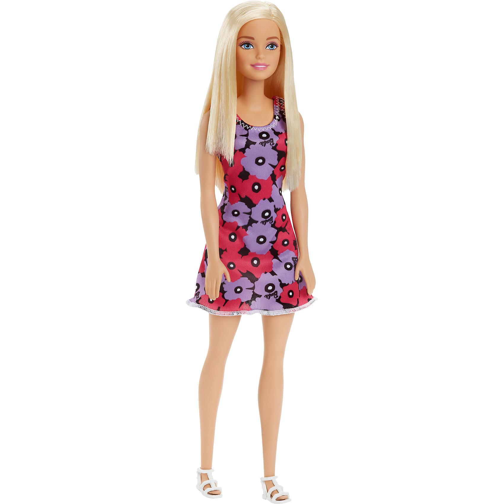 Кукла из серии Стиль, BarbieBarbie<br>Кукла из серии Стиль, Barbie (Барби) ? самая любимая и популярная кукла среди девочек разных возрастов представлена в новой серии Стиль. Кукла выполнена из экологично безопасного резины и пластика, волосы изготовлены из нейлона. У куклы голова, руки и ноги двигаются.<br>У Barbie серии Стиль длинные светлые волосы с прямым пробором. Она одета в стильное короткое приталенное платье, у которого на передней полочке имеется черно-белый полосатый принт волнами с розами, небольшими рукавами и горловиной в форме лодочки. Рукава и низ платья оформлены черным кантом. На ногах Барби съемные туфельки черного цвета.<br>Кукла из серии Стиль, Barbie (Барби) может быть отличным вариантом в качестве подарка для девочки к любому торжеству или в качестве коллекционной куклы.<br><br>Дополнительная информация:<br><br>- Вид игр: сюжетно-ролевые <br>- Предназначение: для дома<br>- Серия: Стиль<br>- Материал: пластик, резина, текстиль<br>- Размер (Д*Ш*В): 6*5*8 см<br>- Вес: 158 г <br>- Особенности ухода: куклу можно купать, аксессуары ? мыть в теплой мыльной воде, платье ? ручная стирка<br><br>Подробнее:<br><br>• Для детей в возрасте: от 3 лет и до 10 лет<br>• Страна производитель: Индонезия<br>• Торговый бренд: Barbie<br><br>Куклу из серии Стиль, Barbie (Барби) можно купить в нашем интернет-магазине.<br><br>Ширина мм: 60<br>Глубина мм: 50<br>Высота мм: 80<br>Вес г: 158<br>Возраст от месяцев: 36<br>Возраст до месяцев: 120<br>Пол: Женский<br>Возраст: Детский<br>SKU: 4918449