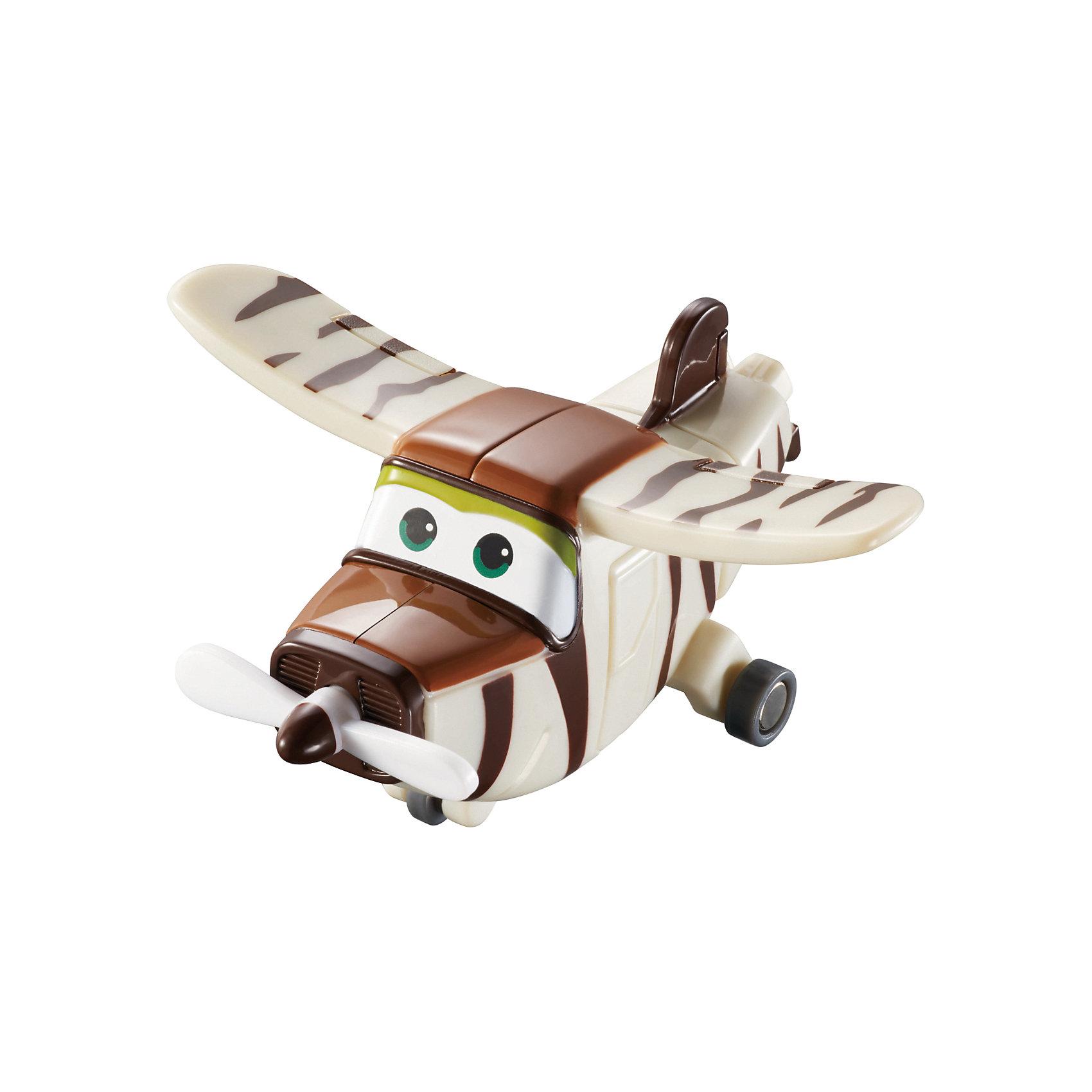 Мини-трансформер Бэлло, Супер КрыльяФигурки героев<br>Играть с самолетами любит практически каждый ребенок. Сделать игру ярче и увлекательнее поможет герой популярного мультфильма Супер Крылья, любимого детьми. Игрушка всего за несколько мгновений трансформируется из самолета в робота. К нему можно также фигурки-трансформеры заказать друзей из этого мультфильма! Компактный размер позволит ребенку брать игрушку с собой в гости или на прогулку.                <br>Этот трансформер обязательно порадует ребенка! Игры с ним также помогают детям развивать воображение, логику, мелкую моторику и творческое мышление. Самолет сделан из качественных и безопасных для ребенка материалов.<br><br>Дополнительная информация:<br><br>цвет: разноцветный;<br>размер упаковки: 12 х 15 х 6 см;<br>вес: 300 г;<br>материал: пластик.<br><br>Игрушку Мини-трансформер Бэлло можно купить в нашем магазине.<br><br>Ширина мм: 120<br>Глубина мм: 155<br>Высота мм: 620<br>Вес г: 300<br>Возраст от месяцев: 36<br>Возраст до месяцев: 2147483647<br>Пол: Мужской<br>Возраст: Детский<br>SKU: 4918769