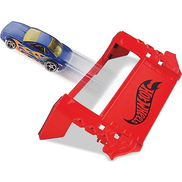 Трасса Hot WheelsМашинки<br>Трасса Hot Wheels (Хот Вилс), Mattel (Маттел) ? самые популярные игровые транспортные треки для мальчиков от бренда Mattel. Трассы Hot Wheels обладают реалистичными деталями, множеством модификаций и совместимостью разных наборов между собой. Выполненные из качественного пластика, эти игрушки устойчивы к физическим повреждениям и изменению цвета, в них отсутствуют опасные и острые детали, что делает эту игрушку безопасной даже для маленьких детей. Производителем рекомендованы наборы для мальчиков от 4-х лет.<br>Трасса Hot Wheels (Хот Вилс), Mattel (Маттел) ? набор «Робо-разрушитель» состоящий из элемента трассы, спусковой установки и гоночной машинки. Набор позволяет построить прямой трек и устроить увлекательные гоночные состязания с машинками Hot Wheels!<br>Сюжетные игры с трассой Hot Wheels (Хот Вилс), Mattel (Маттел) формируют конструкторские навыки, тренируют память и развивают логическое мышление и воображение. А также эта игрушка способствует эмоциональному развитию ребенка.<br><br>Дополнительная информация:<br><br>- Вид игр: сюжетно-ролевые <br>- Предназначение: для дома<br>- Материал: пластик<br>- Комплектация: элемент трассы, спусковая установка, 1 машинка масштабом 1:64<br>- Размер (Д*Ш*В): 4,5*31*8,5 см<br>- Вес: 203 г <br>- Особенности ухода: можно протирать влажной губкой<br><br>Подробнее:<br><br>• Для детей в возрасте: от 4 лет и до 9 лет<br>• Страна производитель: Китай<br>• Торговый бренд: Mattel<br><br>Трассу Hot Wheels (Хот Вилс), Mattel (Маттел) можно купить в нашем интернет-магазине.<br>Ширина мм: 45; Глубина мм: 310; Высота мм: 85; Вес г: 203; Возраст от месяцев: 48; Возраст до месяцев: 108; Пол: Мужской; Возраст: Детский; SKU: 4918793;