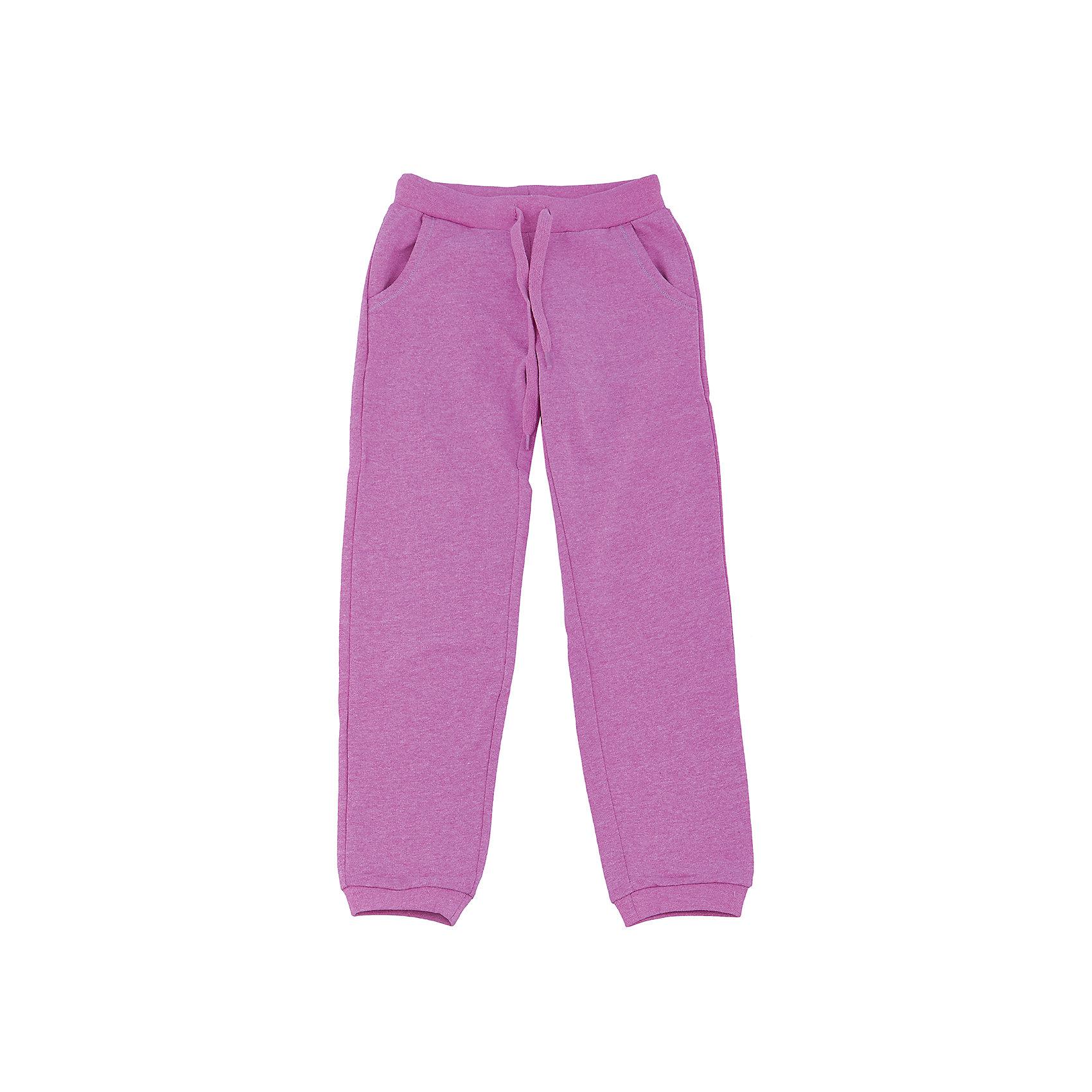 Брюки для девочки SELAСпортивные брюки - незаменимая вещь в детском гардеробе. Эта модель отлично сидит на ребенке, она сшита из приятного на ощупь материала, который обеспечивает ребенку комфорт. Модель станет отличной базовой вещью, которая будет уместна в различных сочетаниях.<br>Одежда от бренда Sela (Села) - это качество по приемлемым ценам. Многие российские родители уже оценили преимущества продукции этой компании и всё чаще приобретают одежду и аксессуары Sela.<br><br>Дополнительная информация:<br><br>материал: 50% вискоза, 50% ПЭ;<br>удобная посадка;<br>резинка в поясе.<br><br>Брюки для девочки от бренда Sela можно купить в нашем интернет-магазине.<br><br>Ширина мм: 215<br>Глубина мм: 88<br>Высота мм: 191<br>Вес г: 336<br>Цвет: розовый<br>Возраст от месяцев: 108<br>Возраст до месяцев: 120<br>Пол: Женский<br>Возраст: Детский<br>Размер: 134,128,122,140,116,152,146<br>SKU: 4919427
