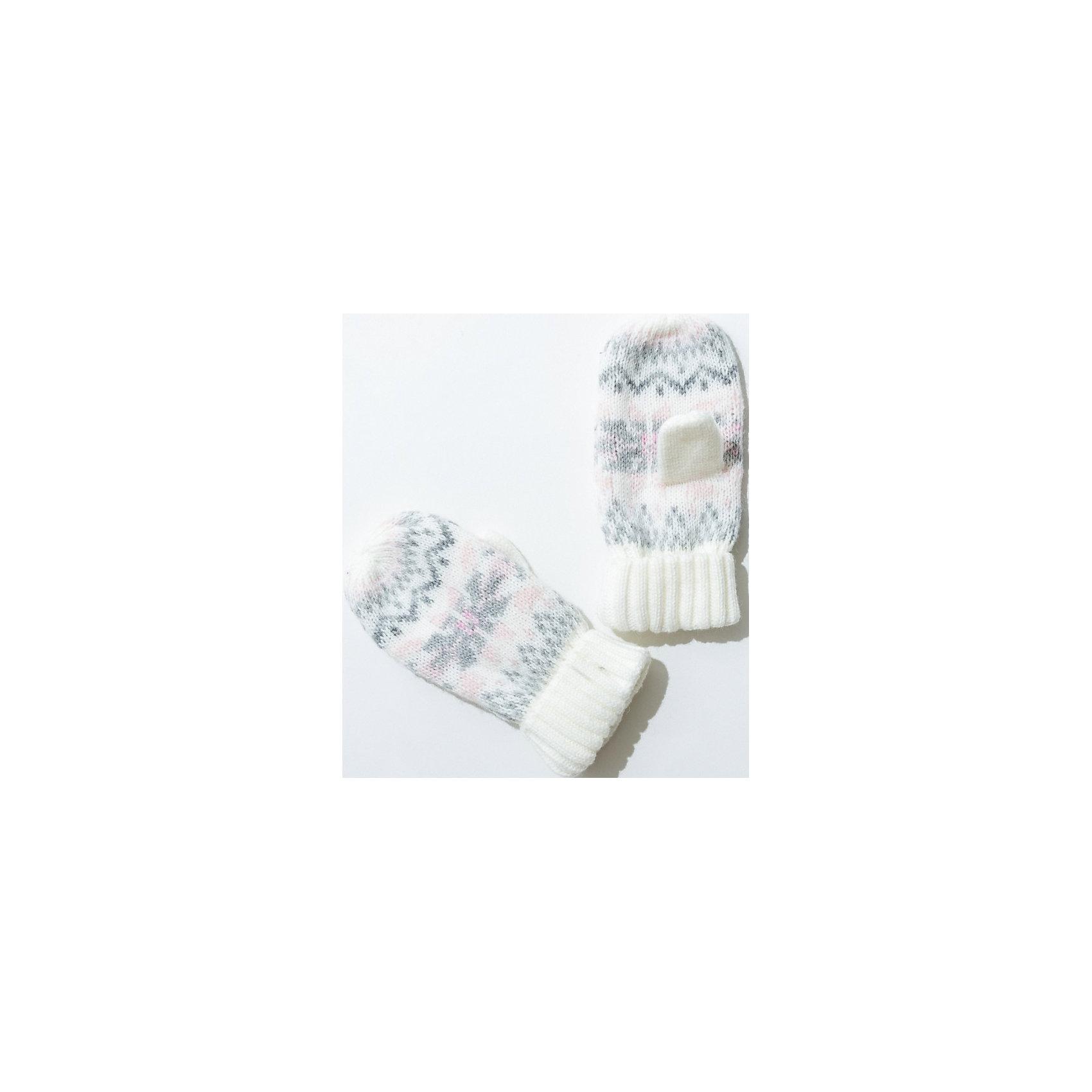 Варежки для девочки SELAПерчатки, варежки<br>Симпатичные удобные варежки - незаменимая вещь в прохладное время года. Эта модель отлично сидит на руке, она сделана из плотного материала, позволяет гулять с комфортом на свежем воздухе зимой. Мягкая подкладка не вызывает аллергии и обеспечивает ребенку комфорт. Модель будет уместна в различных сочетаниях.<br>Одежда от бренда Sela (Села) - это качество по приемлемым ценам. Многие российские родители уже оценили преимущества продукции этой компании и всё чаще приобретают одежду и аксессуары Sela.<br><br>Дополнительная информация:<br><br>вязаный узор;<br>материал: 90% акрил, 10% шерсть.<br><br>Варежки для девочки от бренда Sela можно купить в нашем интернет-магазине.<br><br>Ширина мм: 162<br>Глубина мм: 171<br>Высота мм: 55<br>Вес г: 119<br>Цвет: белый<br>Возраст от месяцев: 72<br>Возраст до месяцев: 144<br>Пол: Женский<br>Возраст: Детский<br>Размер: 1,2<br>SKU: 4919453