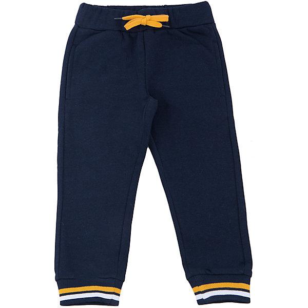 Брюки для мальчика SELAБрюки<br>Спортивные брюки - незаменимая вещь в детском гардеробе. Эта модель отлично сидит на ребенке, она сшита из приятного на ощупь материала, который обеспечивает ребенку комфорт. Модель станет отличной базовой вещью, которая будет уместна в различных сочетаниях.<br>Одежда от бренда Sela (Села) - это качество по приемлемым ценам. Многие российские родители уже оценили преимущества продукции этой компании и всё чаще приобретают одежду и аксессуары Sela.<br><br>Дополнительная информация:<br><br>материал: 80% хлопок, 20% ПЭ;<br>удобная посадка;<br>резинка и шнурок в поясе.<br><br>Брюки для мальчика от бренда Sela можно купить в нашем интернет-магазине.<br>Ширина мм: 215; Глубина мм: 88; Высота мм: 191; Вес г: 336; Цвет: синий; Возраст от месяцев: 60; Возраст до месяцев: 72; Пол: Мужской; Возраст: Детский; Размер: 116,104,98,92,110; SKU: 4919486;