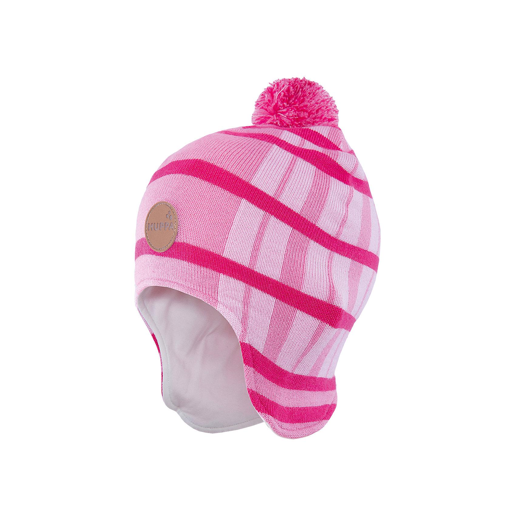 Шапка Windy HuppaГоловные уборы<br>Удлиненная вязаная шапка Windy от Huppa(Хуппа) изготовлена из шерсти мериноса и акрила. Она отлично сохраняет тепло, надежно закрывает уши и не вызывает раздражения на коже, благодаря подкладке из хлопка. Шапка имеет рисунок с полосками, помпон и эмблему фирмы спереди. В этой шапочке ребенку несомненно будет очень тепло и комфортно!<br><br>Дополнительная информация:<br>Цвет: розовый<br>Материал: 100% полиэстер<br>Подкладка: трикотаж - 100% хлопок<br><br>Шапку Huppa(Хуппа) вы можете приобрести в нашем интернет-магазине.<br><br>Ширина мм: 89<br>Глубина мм: 117<br>Высота мм: 44<br>Вес г: 155<br>Цвет: розовый<br>Возраст от месяцев: 12<br>Возраст до месяцев: 24<br>Пол: Женский<br>Возраст: Детский<br>Размер: 47-49,55-57,51-53<br>SKU: 4923549
