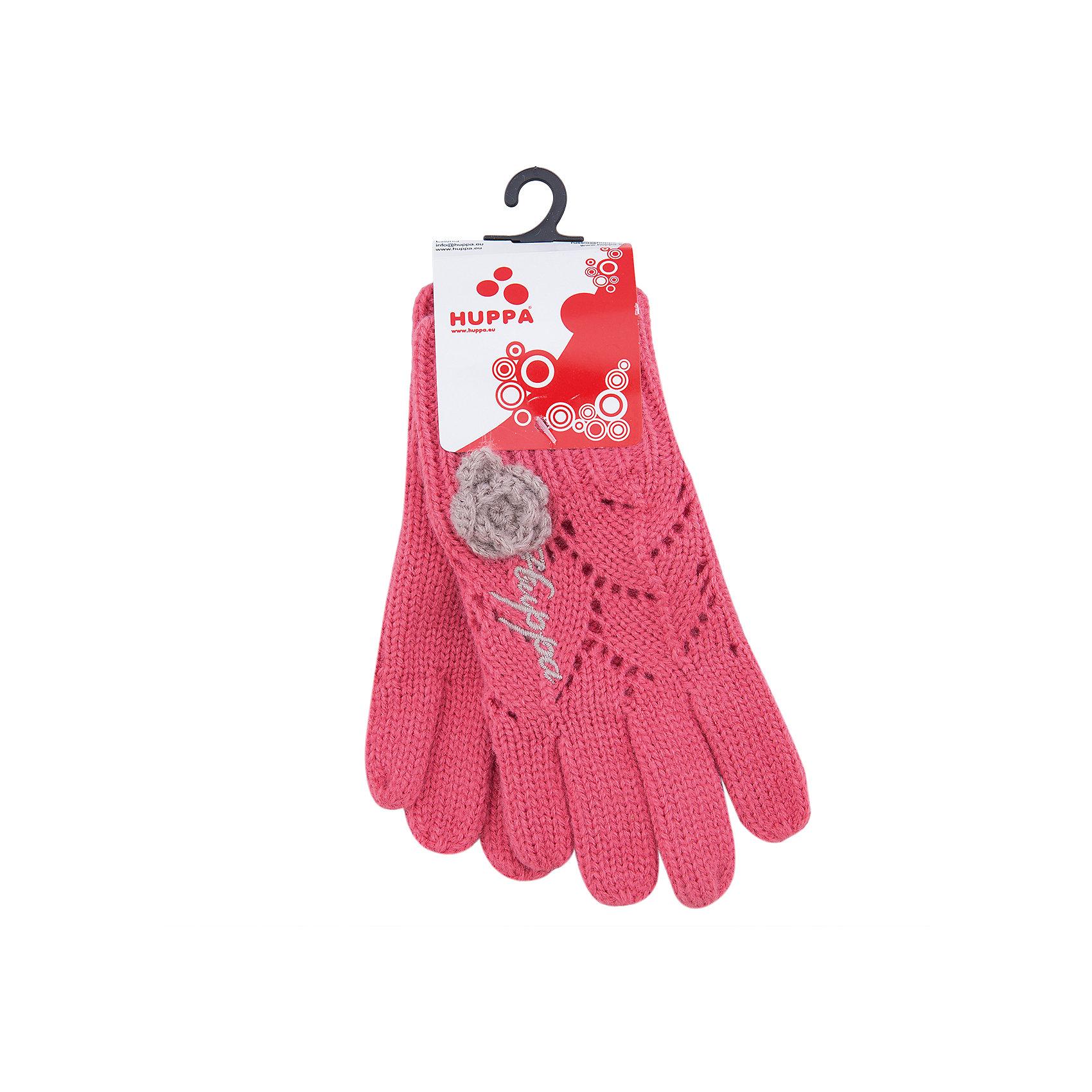 Перчатки для девочки HuppaПерчатки, варежки<br>Вязаные перчатки Leila Huppa(Хуппа) изготовлены из качественного акрила, отлично сохраняющего тепло. Перчатки имеют широкую резинку на запястье и хорошо держатся на руках. Украшены кружевными элементами, красивым цветком и вышивкой. Такие очаровательные перчатки по достоинству оценит юная леди.<br><br>Дополнительная информация:<br>Цвет: коралловый<br>Материал: 100% акрил<br><br>Перчатки Leila Huppa вы можете приобрести в нашем интернет-магазине.<br><br>Ширина мм: 162<br>Глубина мм: 171<br>Высота мм: 55<br>Вес г: 119<br>Цвет: розовый<br>Возраст от месяцев: 12<br>Возраст до месяцев: 24<br>Пол: Женский<br>Возраст: Детский<br>Размер: 2,4,3<br>SKU: 4923739