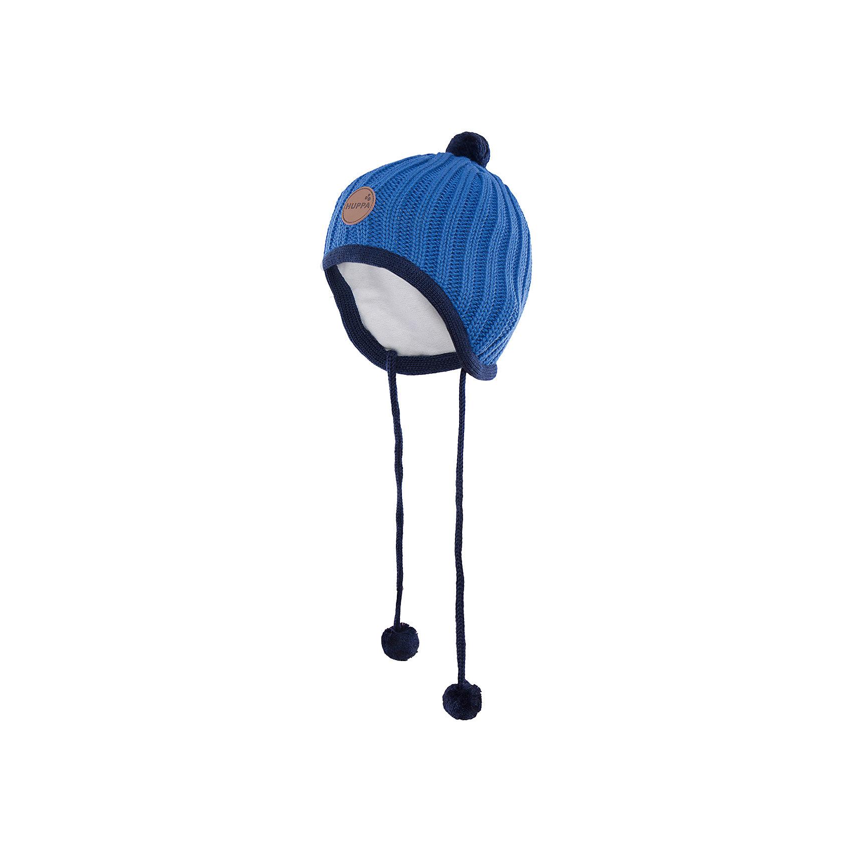 Шапка  HuppaГоловные уборы<br>Вязаная шапка JAKOB Huppa(Хуппа) с подкладкой из хлопка изготовлена из мериносовой шерсти и акрила. Шапку удобно носить, благодаря вязке резинкой.  С помощью лент с помпонами вы сможете завязать шапку, чтобы уши ребенка оставались в тепле. Модель украшена помпонами и эмблемой марки.<br><br>Дополнительная информация:<br>Материал: 100% акрил<br>Подкладка: 100% хлопок<br>Цвет: синий<br><br>Вы можете приобрести шапку JAKOB Huppa(Хуппа) в нашем интернет-магазине.<br><br>Ширина мм: 89<br>Глубина мм: 117<br>Высота мм: 44<br>Вес г: 155<br>Цвет: синий<br>Возраст от месяцев: 9<br>Возраст до месяцев: 12<br>Пол: Мужской<br>Возраст: Детский<br>Размер: 43-45,51-53,47-49,39-43<br>SKU: 4923802
