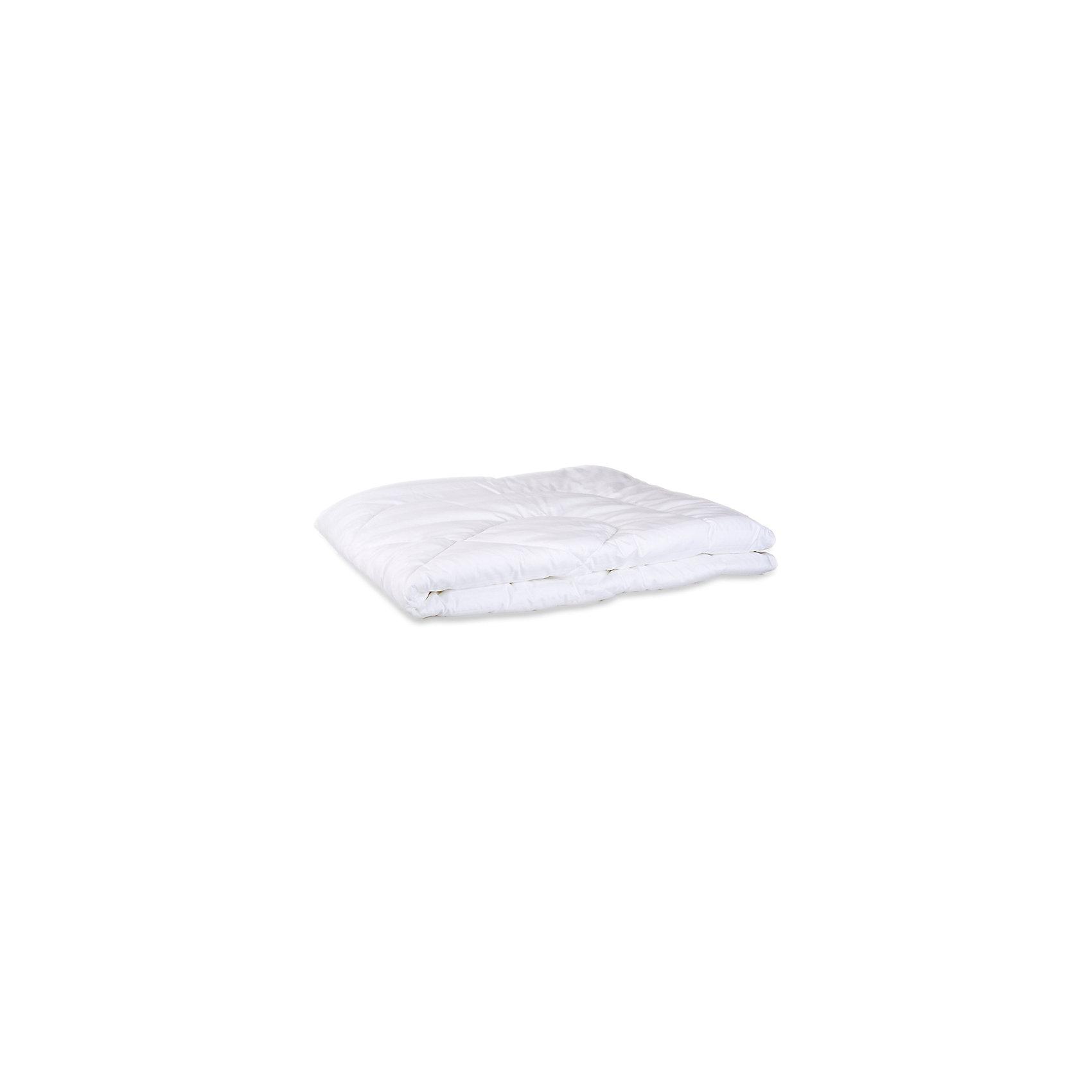 Одеяло синтепон, в чемодане, Сонный гномикОдеяло синтепон, в чемодане, Сонный гномик - это прекрасный выбор для здорового сна и отдыха.<br>Мягкое одеяло с наполнителем из синтепона подарит малышам комфортный сон и уют. Синтепон - это объемный, легкий и эластичный материал. Он безопасен для малыша и не вызывает аллергию. Основные преимущества синтепона заключаются в прекрасных теплозащитных свойствах и малом весе. Синтепон не деформируется при многократном сжатии, имеет хорошие прочностные свойства. Он влагостоек, не впитывает воду и быстро сохнет. Одеяло можно стирать как вручную, так и в стиральной машине в режиме деликатной стирки при температуре 30 градусов.<br><br>Дополнительная информация:<br><br>- Комплектация: одеяло<br>- Цвет: белый<br>- Размер: 110х140 см.<br>- Материал верха: бязь (100% хлопок)<br>- Наполнитель: синтепон (плотность 250г/кв.м)<br>- Вес: 600 гр.<br><br>Одеяло синтепон, в чемодане, Сонный гномик можно купить в нашем интернет-магазине.<br><br>Ширина мм: 530<br>Глубина мм: 90<br>Высота мм: 350<br>Вес г: 930<br>Возраст от месяцев: 0<br>Возраст до месяцев: 48<br>Пол: Унисекс<br>Возраст: Детский<br>SKU: 4924461
