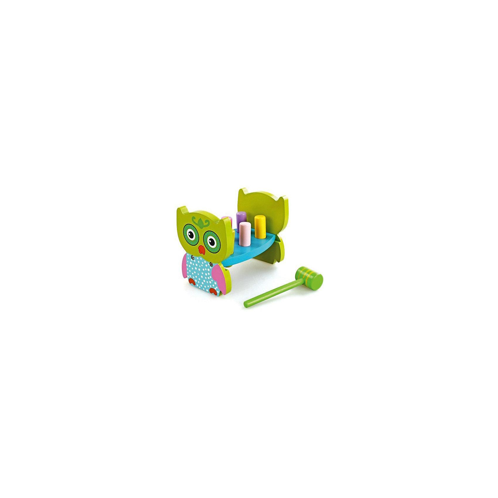 Игра с молоточком Совенок, MapachaРазвивающие игрушки<br>Игра с молоточком Совенок от популярного бренда развивающих детских товаров Mapacha (Мапача) развлечет вашу кроху! Эта симпатичная яркая сова и цветные столбики привлекут внимание и с этим набором захочется играть снова и снова. У дощечки имеются шесть разноцветных столбиков, которые нужно забивать молоточком, после того, как все столбики будут забиты до конца нужно перевернуть сов и начинать снова! Игра изготовлена из экологически чистого и натурального материала – дерева, отлично отшлифована и окрашена в яркие цвета. Эта игра внесет новизну в привычные игрушки и позволит развить моторику ручек и логику.<br><br>Дополнительная информация:<br><br>- В комплект входит: Модуль со столбиками, молоточек<br>- Материал: дерево<br>- Размер: 19 * 12 *14 см.<br>- Размер молоточка: 16 см.<br>- Вес: 875 гр.<br><br>Игра с молоточком Совенок, Mapacha (Мапача) можно купить в нашем интернет-магазине.<br><br>Подробнее:<br>• Для детей в возрасте: от 3 лет<br>• Номер товара: 4925503<br>Страна производитель: Китай<br><br>Ширина мм: 200<br>Глубина мм: 130<br>Высота мм: 160<br>Вес г: 4333<br>Возраст от месяцев: 24<br>Возраст до месяцев: 72<br>Пол: Унисекс<br>Возраст: Детский<br>SKU: 4925503