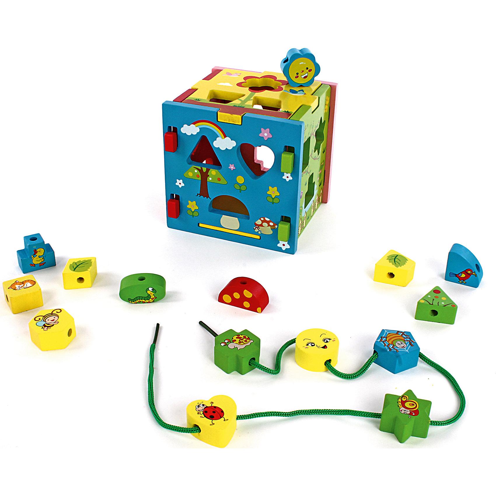 Кубик Радужный (конструктор, сортер, шнуровка), MapachaШнуровки<br>Кубик Радужный (конструктор, сортер, шнуровка) от популярного бренда развивающих детских товаров Mapacha (Мапача) развлечет вашу кроху! Этот симпатичный яркий кубик три в одном привлечет внимание и с ним захочется играть снова и снова. Для начала ребенку предлагается собрать сам кубик из шести частей. В комплект входят пятнадцать деталей, которые нужно вставлять в каждую из сторон кубика, подбирая по форме. Каждая деталь имеет уникальную форму и каждая сторона кубика имеет свою картинку с частями, подходящими по смыслу. Также в комплект входит удобный шнурок, на который нанизываются части сортера, в каждой детальке имеется отверстие для шнурка. Этот кубик изготовлен из экологически чистого и натурального материала – дерева, отлично отшлифован и окрашен в яркие цвета с рисунками животных и растений. Кубик внесет разнообразие в привычный набор игрушек и поможет развить логику, мелкую моторику ручек и воображение.<br> <br>Дополнительная информация:<br><br>- В комплект входит: Кубик из 6 частей, 15 деталей сортера, шнурок<br>- Материал: дерево, текстиль<br>- Размер куба: 14 *14 см.<br><br>Кубик Радужный (конструктор, сортер, шнуровка), Mapacha (Мапача) можно купить в нашем интернет-магазине.<br><br>Подробнее:<br>• Для детей в возрасте: от 3 лет<br>• Номер товара: 4925539<br>Страна производитель: Китай<br><br>Ширина мм: 150<br>Глубина мм: 150<br>Высота мм: 150<br>Вес г: 266<br>Возраст от месяцев: 12<br>Возраст до месяцев: 36<br>Пол: Унисекс<br>Возраст: Детский<br>SKU: 4925539