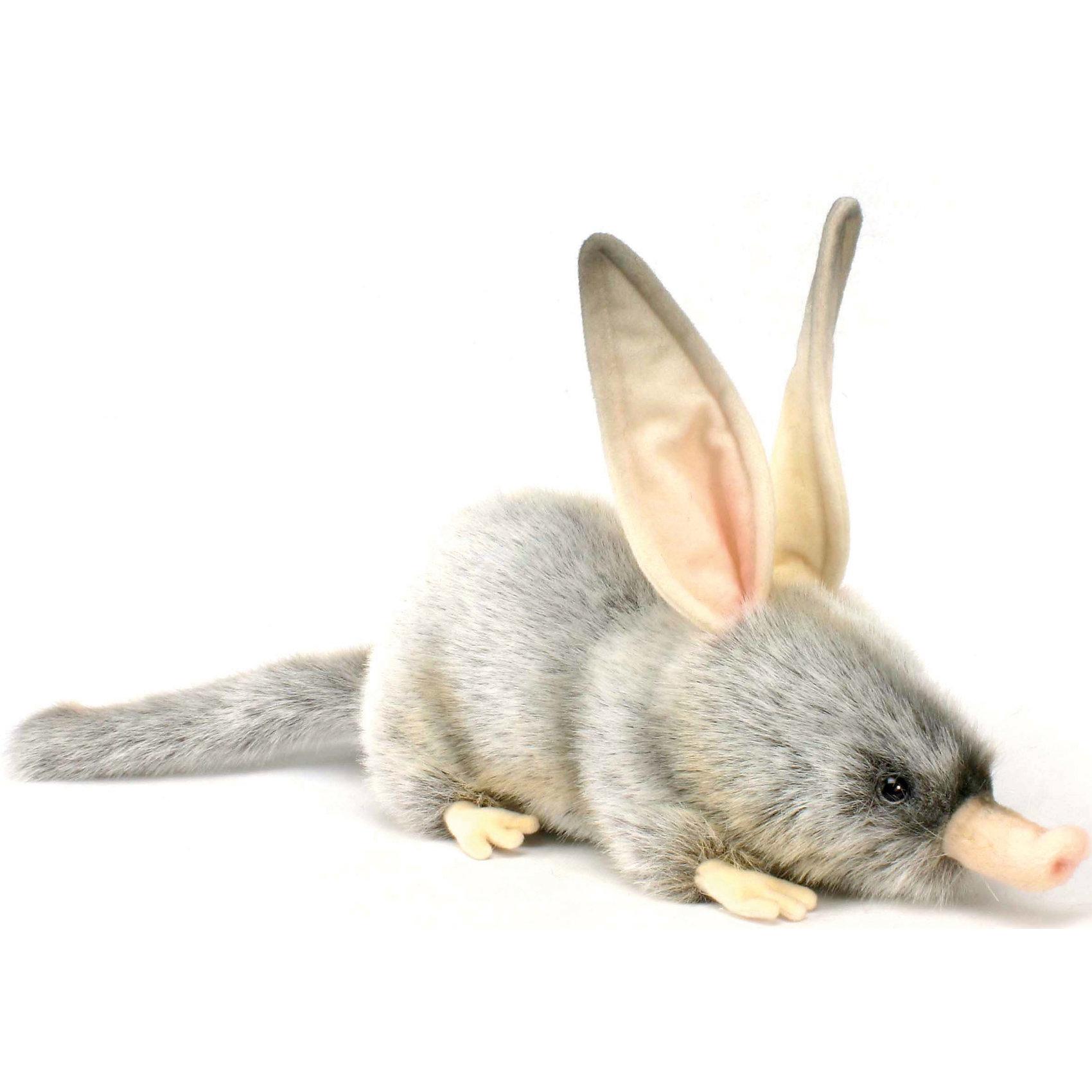 Билби, 35 смЗвери и птицы<br>Билби, 35 см – игрушка от знаменитого бренда Hansa, специализирующегося на выпуске мягких игрушек с высокой степенью натуралистичности. Внешний вид игрушечного билби полностью соответствует реальному прототипу – ушастому сумчатому барсуку. Он выполнен из искусственного меха серого меланжевого цвета с длинным ворсом, длинные ушки и лапки – текстильные. Использованные материалы обладают гипоаллергенными свойствами. Внутри игрушки имеется металлический каркас, позволяющий изменять положение. <br>Игрушка относится к серии Дикие животные. <br>Мягкие игрушки от Hansa подходят для сюжетно-ролевых игр, для обучающих игр, направленных на знакомство с животным миром дикой природы. Кроме того, их можно использовать в качестве интерьерных игрушек. Коллекция из нескольких игрушек позволяет создать свой домашний зоопарк, который будет радовать вашего ребенка долгое время, так как ручная работа и качественные материалы гарантируют их долговечность и прочность.<br><br>Дополнительная информация:<br><br>- Вид игр: сюжетно-ролевые игры, коллекционирование, интерьерные игрушки<br>- Предназначение: для дома, для детских развивающих центров, для детских садов<br>- Материал: искусственный мех, наполнитель ? полиэфирное волокно<br>- Размер (ДхШхВ): 35*22*12 см<br>- Вес: 450 г<br>- Особенности ухода: сухая чистка при помощи пылесоса или щетки для одежды<br><br>Подробнее:<br><br>• Для детей в возрасте: от 3 лет <br>• Страна производитель: Филиппины<br>• Торговый бренд: Hansa<br><br>Билби, 35 см можно купить в нашем интернет-магазине.<br><br>Ширина мм: 35<br>Глубина мм: 22<br>Высота мм: 12<br>Вес г: 450<br>Возраст от месяцев: 36<br>Возраст до месяцев: 2147483647<br>Пол: Унисекс<br>Возраст: Детский<br>SKU: 4927142