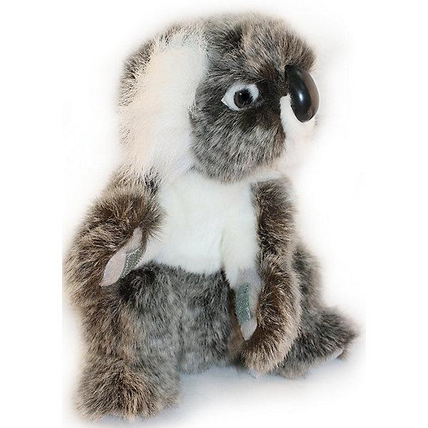 Коала, 21 смМягкие игрушки животные<br>Коала, 21 см – игрушка от знаменитого бренда Hansa, специализирующегося на выпуске мягких игрушек с высокой степенью натуралистичности. Внешний вид игрушки полностью соответствует своему реальному прототипу – коале. Она выполнена из искусственного меха с ворсом средней длины меланжевого окраса. Использованные материалы обладают гипоаллергенными свойствами. Внутри игрушки имеется металлический каркас, позволяющий изменять положение. <br>Игрушка относится к серии Дикие животные. <br>Мягкие игрушки от Hansa подходят для сюжетно-ролевых игр, для обучающих игр, направленных на знакомство с животным миром дикой природы. Кроме того, их можно использовать в качестве интерьерных игрушек. Коллекция из нескольких игрушек позволяет создать свой домашний зоопарк, который будет радовать вашего ребенка долгое время, так как ручная работа и качественные материалы гарантируют их долговечность и прочность.<br><br>Дополнительная информация:<br><br>- Вид игр: сюжетно-ролевые игры, коллекционирование, интерьерные игрушки<br>- Предназначение: для дома, для детских развивающих центров, для детских садов<br>- Материал: искусственный мех, наполнитель ? полиэфирное волокно<br>- Размер (ДхШхВ): 16*21*15 см<br>- Вес: 270 г<br>- Особенности ухода: сухая чистка при помощи пылесоса или щетки для одежды<br><br>Подробнее:<br><br>• Для детей в возрасте: от 3 лет <br>• Страна производитель: Филиппины<br>• Торговый бренд: Hansa<br><br>Коалу, 21 см можно купить в нашем интернет-магазине.<br>Ширина мм: 16; Глубина мм: 21; Высота мм: 15; Вес г: 270; Возраст от месяцев: 36; Возраст до месяцев: 2147483647; Пол: Унисекс; Возраст: Детский; SKU: 4927143;