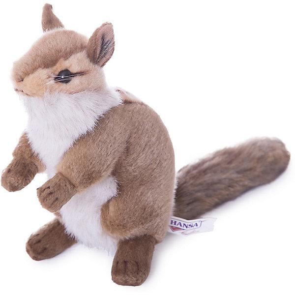 Бурундук, 16 смМягкие игрушки животные<br>Бурундук, 16 см – игрушка от знаменитого бренда Hansa, специализирующегося на выпуске мягких игрушек с высокой степенью натуралистичности. Внешний вид игрушечного бурундука полностью соответствует реальному прототипу. Он выполнен из искусственного меха меланжевого окраса с ворсом средней длины; хвост и лапки – из короткого меха. Грудка у бурундука полосатая, а грудка – белая. Использованные материалы обладают гипоаллергенными свойствами. Внутри игрушки имеется металлический каркас, позволяющий изменять положение. <br>Игрушка относится к серии Дикие животные. <br>Мягкие игрушки от Hansa подходят для сюжетно-ролевых игр, для обучающих игр, направленных на знакомство с животным миром дикой природы. Кроме того, их можно использовать в качестве интерьерных игрушек. Коллекция из нескольких игрушек позволяет создать свой домашний зоопарк, который будет радовать вашего ребенка долгое время, так как ручная работа и качественные материалы гарантируют их долговечность и прочность.<br><br>Дополнительная информация:<br><br>- Вид игр: сюжетно-ролевые игры, коллекционирование, интерьерные игрушки<br>- Предназначение: для дома, для детских развивающих центров, для детских садов<br>- Материал: искусственный мех, наполнитель ? полиэфирное волокно<br>- Размер (ДхШхВ): 14*16*10 см<br>- Вес: 170 г<br>- Особенности ухода: сухая чистка при помощи пылесоса или щетки для одежды<br><br>Подробнее:<br><br>• Для детей в возрасте: от 3 лет <br>• Страна производитель: Филиппины<br>• Торговый бренд: Hansa<br><br>Бурундука, 16 см можно купить в нашем интернет-магазине.<br><br>Ширина мм: 14<br>Глубина мм: 16<br>Высота мм: 10<br>Вес г: 170<br>Возраст от месяцев: 36<br>Возраст до месяцев: 2147483647<br>Пол: Унисекс<br>Возраст: Детский<br>SKU: 4927153
