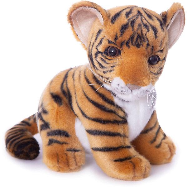 Тигренок, 18 смМягкие игрушки животные<br>Тигренок, 18 см – игрушка от знаменитого бренда Hansa, специализирующегося на выпуске мягких игрушек с высокой степенью натуралистичности. Внешний вид игрушки полностью соответствует реальному прототипу –  детенышу тигра. Он выполнен из искусственного меха с коротким ворсом. Окрас меха выполнен в рыжих и белых оттенках в черную полоску. Внутри имеется металлический каркас, который позволяет изменять положение. <br>Игрушка относится к серии Дикие животные. Выполнена из искусственного меха, обладающего гипоаллергенными свойствами.   <br>Мягкие игрушки от Hansa подходят для сюжетно-ролевых игр, для обучающих игр, направленных на знакомство с животным миром дикой природы. Кроме того, их можно использовать в качестве интерьерных игрушек. Коллекция из нескольких игрушек позволяет создать свой домашний зоопарк, который будет радовать вашего ребенка долгое время, так как ручная работа и качественные материалы гарантируют их долговечность и прочность.<br><br>Дополнительная информация:<br><br>- Вид игр: сюжетно-ролевые игры, коллекционирование, интерьерные игрушки<br>- Предназначение: для дома, для детских развивающих центров, для детских садов<br>- Материал: искусственный мех, наполнитель ? полиэфирное волокно<br>- Размер (ДхШхВ): 18*18*13 см<br>- Вес: 460 г<br>- Особенности ухода: сухая чистка при помощи пылесоса или щетки для одежды<br><br>Подробнее:<br><br>• Для детей в возрасте: от 3 лет <br>• Страна производитель: Филиппины<br>• Торговый бренд: Hansa<br><br>Тигренка, 18 см можно купить в нашем интернет-магазине.<br><br>Ширина мм: 18<br>Глубина мм: 18<br>Высота мм: 13<br>Вес г: 460<br>Возраст от месяцев: 36<br>Возраст до месяцев: 2147483647<br>Пол: Унисекс<br>Возраст: Детский<br>SKU: 4927158