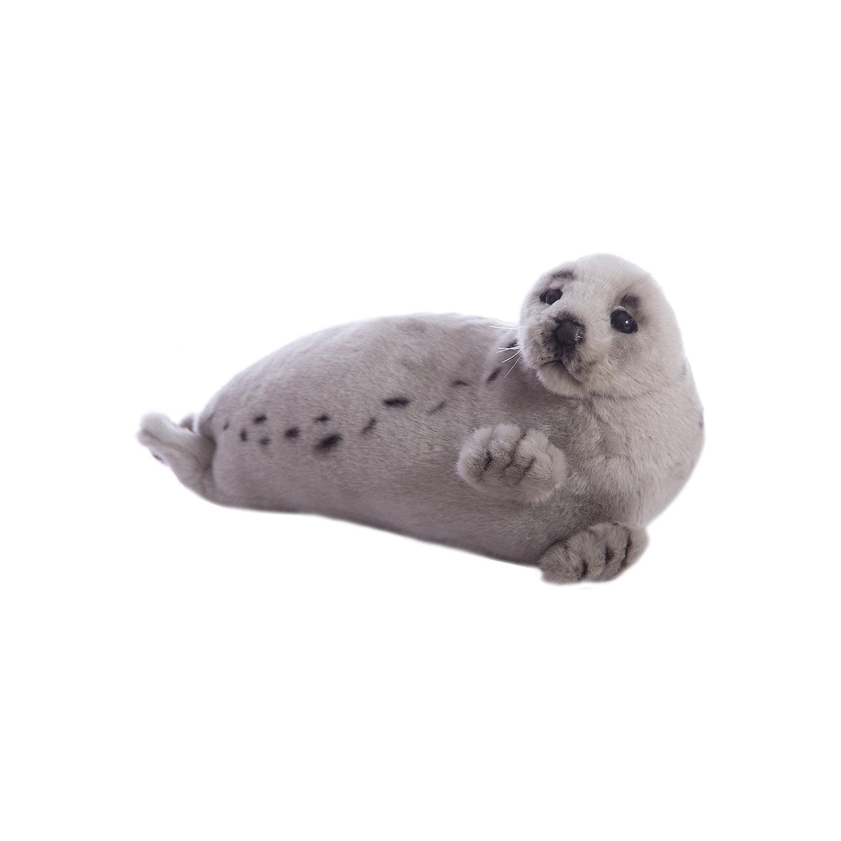 Гренландский тюлень, 38 смЗвери и птицы<br>Гренландский тюлень, 38 см – игрушка от знаменитого бренда Hansa, специализирующегося на выпуске мягких игрушек с высокой степенью натуралистичности. Внешний вид игрушечного тюленя полностью соответствует реальному прототипу. Он выполнен из искусственного меха с коротким ворсом серого оттенка, по бокам – темные пятнышки. Использованные материалы обладают гипоаллергенными свойствами. Внутри игрушки имеется металлический каркас, позволяющий изменять положение. <br>Игрушка относится к серии Дикие животные. <br>Мягкие игрушки от Hansa подходят для сюжетно-ролевых игр, для обучающих игр, направленных на знакомство с животным миром дикой природы. Кроме того, их можно использовать в качестве интерьерных игрушек. Коллекция из нескольких игрушек позволяет создать свой домашний зоопарк, который будет радовать вашего ребенка долгое время, так как ручная работа и качественные материалы гарантируют их долговечность и прочность.<br><br>Дополнительная информация:<br><br>- Вид игр: сюжетно-ролевые игры, коллекционирование, интерьерные игрушки<br>- Предназначение: для дома, для детских развивающих центров, для детских садов<br>- Материал: искусственный мех, наполнитель ? полиэфирное волокно<br>- Размер (ДхШхВ): 38*18*16 см<br>- Вес: 320 г<br>- Особенности ухода: сухая чистка при помощи пылесоса или щетки для одежды<br><br>Подробнее:<br><br>• Для детей в возрасте: от 3 лет <br>• Страна производитель: Филиппины<br>• Торговый бренд: Hansa<br><br>Гренландского тюленя, 38 см можно купить в нашем интернет-магазине.<br><br>Ширина мм: 38<br>Глубина мм: 18<br>Высота мм: 16<br>Вес г: 320<br>Возраст от месяцев: 36<br>Возраст до месяцев: 2147483647<br>Пол: Унисекс<br>Возраст: Детский<br>SKU: 4927176