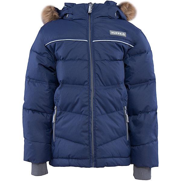 Куртка Huppa Moody для мальчикаПуховики<br>Характеристики товара:<br><br>• модель: Moody;<br>• цвет: синий;<br>• состав: 100% полиэстер; <br>• подкладка: 100% полиэстер, тафта;<br>• утеплитель: 50% пух, 50% перо;<br>• сезон: зима;<br>• температурный режим: от -5 до - 30С;<br>• особенности модели: с мехом на капюшоне, пуховик;<br>• трикотажные манжеты;<br>• безопасный съемный капюшон на кнопках;<br>• искусственный мех на капюшоне не съемный;<br>• защита подбородка от защемления;<br>• светоотражающие элементы для безопасности ребенка;<br>• страна бренда: Эстония;<br>• страна изготовитель: Эстония.<br><br>Зимняя куртка-пуховик с капюшоном. Очень теплая и отвечает всем требованиям качества. Плотная мембрана не даст холодному воздуху и воде попасть под одежду и поможет вывести лишнюю влагу. Куртка застегивается на молнию, имеет светоотражающие полоски, вместительные карманы и большой капюшон. Отдельные вязаные манжеты предотвратят попадание снега внутрь.<br><br>Куртку Moody от бренда Huppa (Хуппа) можно купить в нашем интернет-магазине.<br>Ширина мм: 356; Глубина мм: 10; Высота мм: 245; Вес г: 519; Цвет: синий; Возраст от месяцев: 24; Возраст до месяцев: 36; Пол: Мужской; Возраст: Детский; Размер: 158,98,152,146,140,134,128,122,116,110,104; SKU: 4928203;