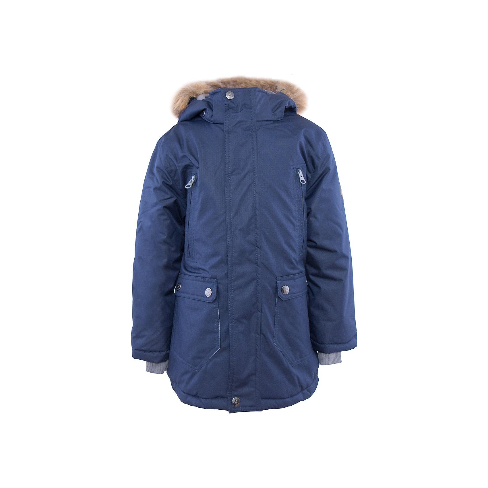 Куртка   для мальчика HuppaЗимние куртки<br>Стильная куртка VESPER Huppa(Хуппа).<br><br>Утеплитель: 100% полиэстер, 300 гр.<br><br>Температурный режим: до -30 градусов. Степень утепления – высокая. <br><br>* Температурный режим указан приблизительно — необходимо, прежде всего, ориентироваться на ощущения ребенка. Температурный режим работает в случае соблюдения правила многослойности – использования флисовой поддевы и термобелья.<br><br>Очень теплая и водонепроницаемая. Отличный выбор для долгих зимних прогулок!<br><br>Особенности:<br>-водоотталкивающая мембрана выводит лишнюю влагу<br>-утеплитель HuppaTherm прекрасно сохраняет объем, легко стирается и быстро высыхает <br>-проклеенные водостойкой лентой швы, обеспечат максимальную водонепроницаемость<br>-светоотражающие элементы уменьшают вероятность несчастных случаев в темное время суток<br>-капюшон с отстегивающимся мехом<br><br>Дополнительная информация:<br>Материал: 100% полиэстер<br>Подкладка: тафта, pritex - 100% полиэстер<br>Цвет: темно-синий<br><br>Куртку VESPER Huppa(Хуппа) вы можете купить в нашем интернет-магазине.<br><br>Ширина мм: 356<br>Глубина мм: 10<br>Высота мм: 245<br>Вес г: 519<br>Цвет: синий<br>Возраст от месяцев: 36<br>Возраст до месяцев: 48<br>Пол: Мужской<br>Возраст: Детский<br>Размер: 104,170,110,116,122,128,134,140,146,152,158,164<br>SKU: 4928228