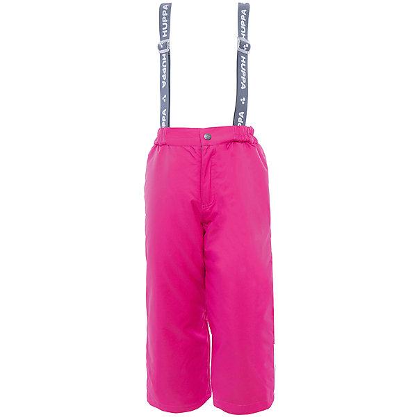 Брюки    HuppaВерхняя одежда<br>Утепленные брюки FREJA Huppa(Хуппа).<br><br>Утеплитель: 100% полиэстер, 160 гр.<br><br>Температурный режим: до -20 градусов. Степень утепления – средняя. <br><br>* Температурный режим указан приблизительно — необходимо, прежде всего, ориентироваться на ощущения ребенка. Температурный режим работает в случае соблюдения правила многослойности – использования флисовой поддевы и термобелья.<br><br>Не пропускают влагу и ветер, благодаря мембране, расположенный с изнанки. Легкий утеплитель HuppaTherm легко стирать, он быстро возвращает форму после стирки и легко сохнет. Брюки хорошо держатся на теле благодаря резинке на поясе и регулируемым подтяжкам с липучками; их легко надевать и застегивать с помощью кнопки и молнии. Отлично подойдут для зимних прогулок!<br><br>Особенности:<br>-прочная ткань<br>-двойные манжеты<br>-брюки не сковывают движений<br>-светоотражающие элементы<br>-шаговый шов проклеен<br><br>Дополнительная информация:<br>Материал: 100% полиэстер<br>Подкладка: тафта - 100% полиэстер<br>Цвет: фуксия<br><br>Вы можете приобрести брюки FREJA Huppa(Хуппа) в нашем интернет-магазине.<br>Ширина мм: 215; Глубина мм: 88; Высота мм: 191; Вес г: 336; Цвет: розовый; Возраст от месяцев: 36; Возраст до месяцев: 48; Пол: Женский; Возраст: Детский; Размер: 104,116,110,140,134,128,122; SKU: 4928359;