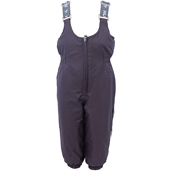 Брюки Funny HuppaВерхняя одежда<br>Утепленные брюки FUNNY Huppa(Хуппа).<br><br>Утеплитель: 100% полиэстер, 160 гр.<br><br>Температурный режим: до -20 градусов. Степень утепления – средняя. <br><br>* Температурный режим указан приблизительно — необходимо, прежде всего, ориентироваться на ощущения ребенка. Температурный режим работает в случае соблюдения правила многослойности – использования флисовой поддевы и термобелья.<br><br>Изготовлены из прочных и качественных материалов. Они прекрасно подойдут для зимних прогулок и активного отдыха.<br><br>Особенности:<br>-утеплитель HuppaTherm легко восстанавливается в объеме. Его легко стирать и сушить<br>-специальная дышащая мембрана не пропустит воду и ветер под одежду<br>-проклейка швов водостойкой лентой<br>-резинка на талии и манжетах помогут брюкам хорошо держаться на теле<br>-регулируемые подтяжки<br>-светоотражающие элементы для обеспечения безопасности в темное время суток<br><br>Дополнительная информация:<br>Цвет: черный<br>Материал: 100% полиэстер<br>Подкладка: тафта - 100% полиэстер<br><br>Брюки FUNNY Huppa(Хуппа) можно купить в нашем интернет-магазине.<br><br>Ширина мм: 215<br>Глубина мм: 88<br>Высота мм: 191<br>Вес г: 336<br>Цвет: серый<br>Возраст от месяцев: 12<br>Возраст до месяцев: 15<br>Пол: Унисекс<br>Возраст: Детский<br>Размер: 80,140,134,128,122,116,110,104,98,92,86<br>SKU: 4928375