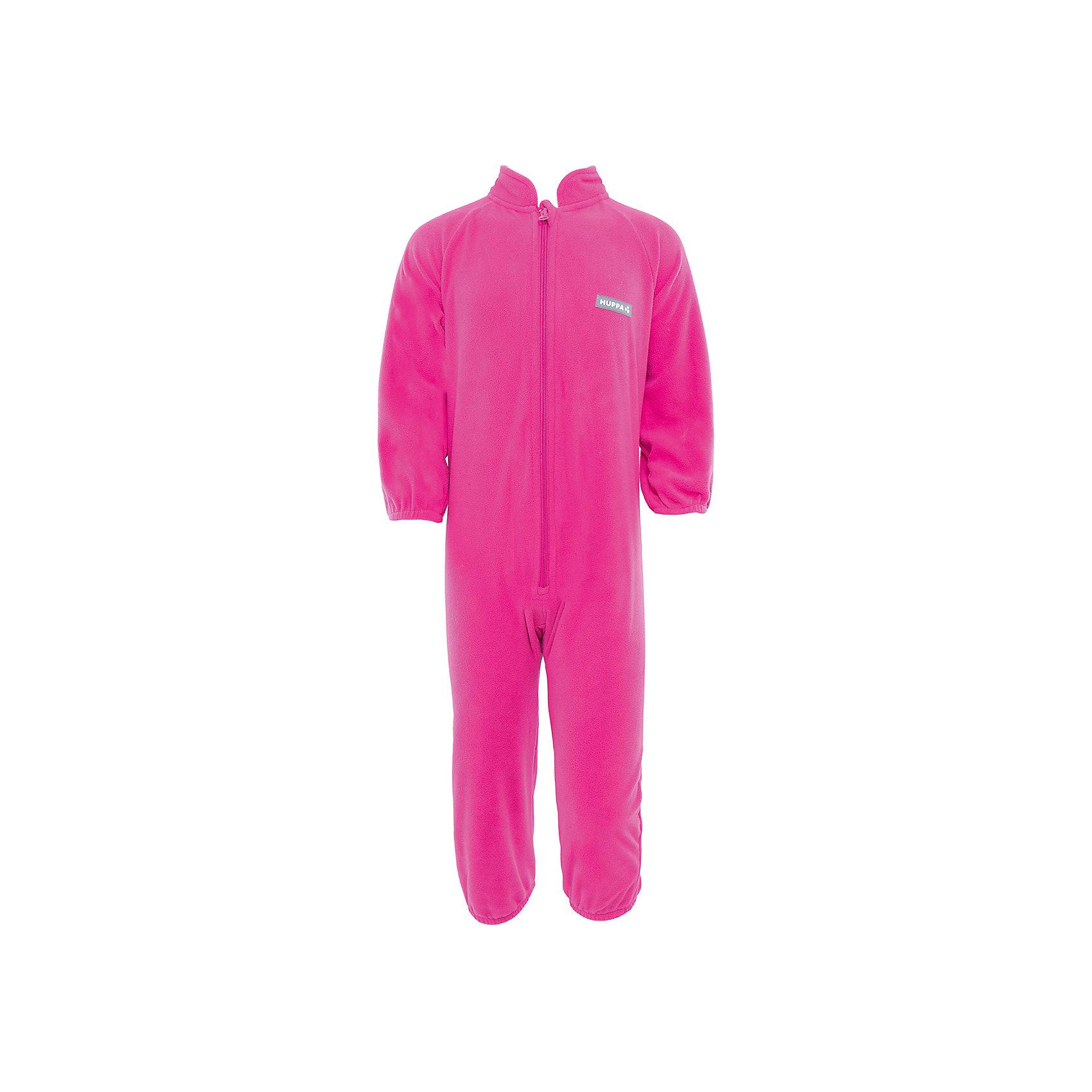 Комбинезон флисовый  HuppaФлисовый комбинезон ROLAND Huppa(Хуппа) имеет высокий воротник и застегивается на молнию. На манжетах есть резинки, надежно защищающие малыша от попадания ветра под одежду. Комбинезон достаточно теплый и отлично подойдет в качестве промежуточного слоя в одежде в зимнее время или как верхняя одежда весной-осенью.<br><br>Дополнительная информация:<br>Материал: 100% полиэстер<br>Цвет: фуксия<br><br>Флисовый комбинезон ROLAND Huppa(Хуппа) вы можете приобрести в нашем интернет-магазине.<br><br>Ширина мм: 356<br>Глубина мм: 10<br>Высота мм: 245<br>Вес г: 519<br>Цвет: розовый<br>Возраст от месяцев: 12<br>Возраст до месяцев: 18<br>Пол: Женский<br>Возраст: Детский<br>Размер: 86,80,74,116,110,104,98,92<br>SKU: 4928546
