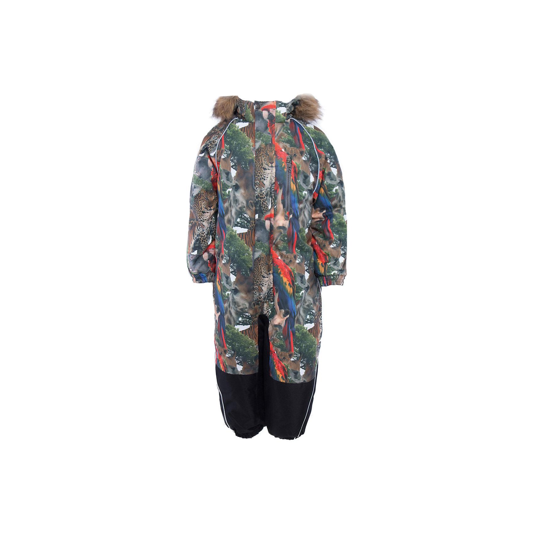 Комбинезон Fenno для мальчика HuppaВерхняя одежда<br>Комбинезон FENNO Huppa(Хуппа).<br><br>Утеплитель: 100% полиэстер, 300 гр.<br><br>Отлично подойдет для активного отдыха в зимнее время. Комбинезон с дышащей водоотталкивающей поверхностью и мягкой подкладкой идеально сидит по фигуре, благодаря резинкам на манжетах и талии. С этим комбинезоном ребенок смело может играть в сугробах, не боясь замерзнуть и промокнуть!<br><br>Особенности:<br>-утеплитель HuppaTherm<br>-съемный капюшон с отстегивающимся мехом<br>-наружный и внутренний карман на молнии<br>-светоотражающие элементы<br>-шаговый шов, внутренние и боковые швы проклеены<br><br>Дополнительная информация:<br>Материал: 100% полиэстер<br>Подкладка: тафта, флис - 100% полиэстер<br>Цвет: разноцветный<br>Вы можете приобрести комбинезон FENNO Huppa(Хуппа) в нашем интернет-магазине.<br><br>Ширина мм: 356<br>Глубина мм: 10<br>Высота мм: 245<br>Вес г: 519<br>Цвет: белый<br>Возраст от месяцев: 18<br>Возраст до месяцев: 24<br>Пол: Мужской<br>Возраст: Детский<br>Размер: 92,134,122,128,98,104,110,116<br>SKU: 4928710