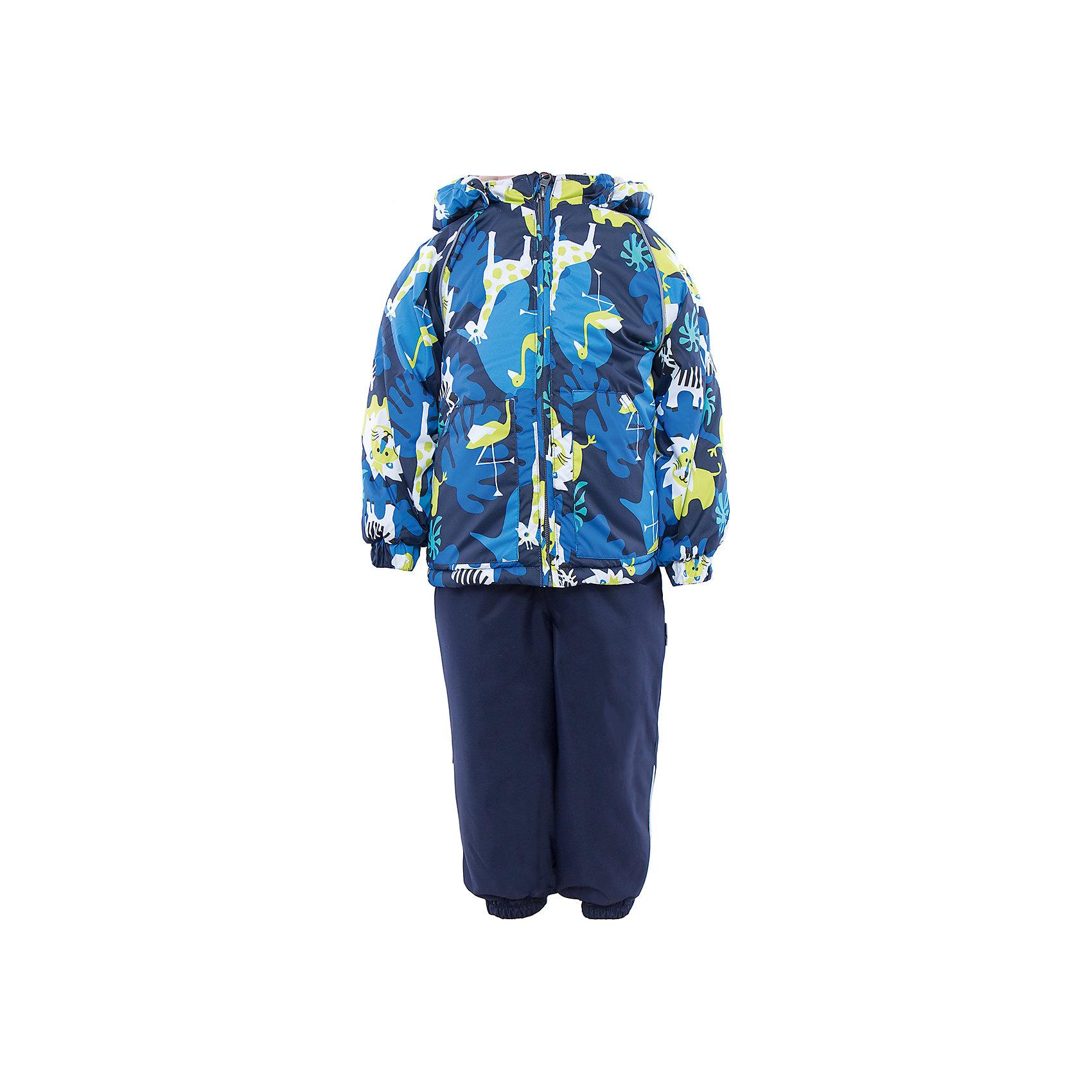 Комплект: куртка и полукомбинезон для мальчика  HuppaВерхняя одежда<br>Комплект из куртки и комбинезона AVERY1 Huppa(Хуппа).<br><br>Утеплитель: 100% полиэстер. Куртка – 300 гр., полукомбинезон – 160 гр.<br><br>Температурный режим: до -30 градусов. Степень утепления – высокая. <br><br>* Температурный режим указан приблизительно — необходимо, прежде всего, ориентироваться на ощущения ребенка. Температурный режим работает в случае соблюдения правила многослойности – использования флисовой поддевы и термобелья.<br><br>Отлично подойдет для зимних прогулок. Комбинезон имеет подтяжки и резинки на талии и манжетах. Куртка с капюшоном и резинками на манжетах имеет необычный дизайн и принт со зверюшками.<br><br>Особенности:<br>-плотная дышащая и водоотталкивающая мембрана<br>-водонепроницаемый<br>-мягкая фланелевая подкладка<br>-водостойкая лента на швах<br>-высокая прочность<br>-светоотражающие элементы<br>-съемный капюшон (мех не отстегивается)<br><br>Дополнительная информация:<br>Материал: 100% полиэстер<br>Подкладка: фланель - 100% хлопок<br>Цвет: синий/темно-синий<br><br>Вы можете приобрести комплект AVERY1 Huppa(Хуппа) в нашем интернет-магазине.<br><br>Ширина мм: 356<br>Глубина мм: 10<br>Высота мм: 245<br>Вес г: 519<br>Цвет: синий<br>Возраст от месяцев: 12<br>Возраст до месяцев: 15<br>Пол: Мужской<br>Возраст: Детский<br>Размер: 80,86,92,98,104<br>SKU: 4928810