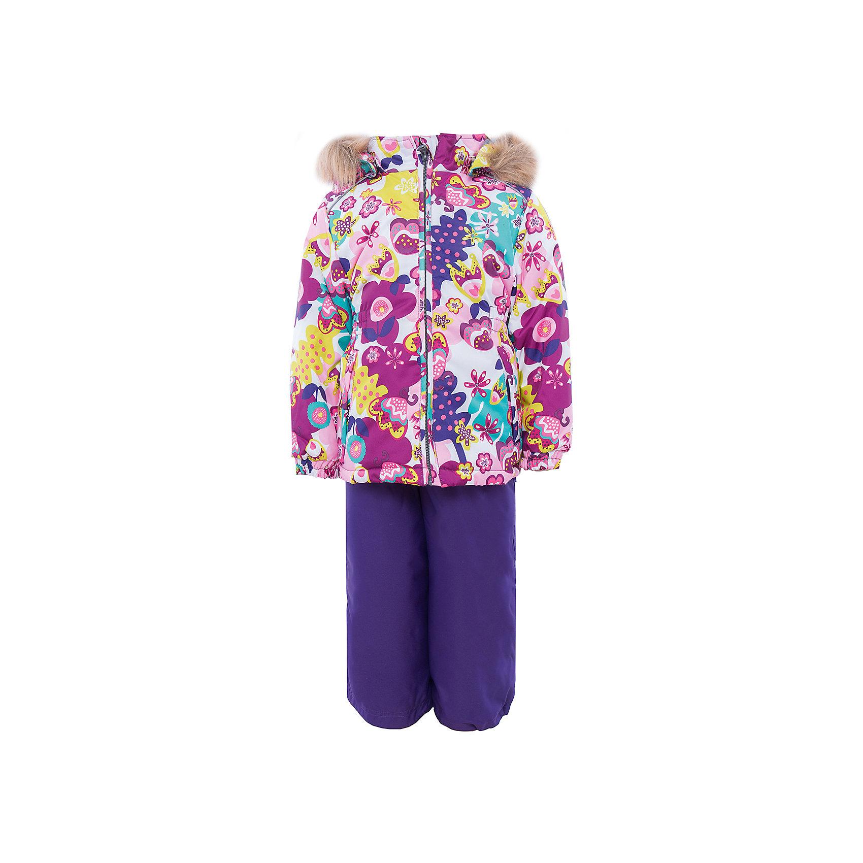 Комплект   для девочки HuppaЗимний комплект WONDER Huppa(Хуппа) состоит из  полукомбинезона и куртки. <br><br>Утеплитель: 100% полиэстер. Куртка – 300 гр., полукомбинезон – 160 гр.<br><br>Температурный режим: до -30 градусов. Степень утепления – высокая. <br><br>* Температурный режим указан приблизительно — необходимо, прежде всего, ориентироваться на ощущения ребенка. Температурный режим работает в случае соблюдения правила многослойности – использования флисовой поддевы и термобелья.<br><br>Яркая зимняя куртка с необычным дизайном изготовлена из качественных и прочных материалов. Резинки на рукавах помогут избежать попадания снега под одежду. Специальная мембрана не даст воде и холодному воздуху проникнуть под одежду и поможет избавиться от лишней влаги, выделяемой телом. Брюки на подтяжках имеют резинки на талии и манжетах. В комплекте Huppa ребенку будет тепло и комфортно!<br><br>Дополнительная информация:<br>Съемный капюшон (мех не отстегивается)<br>Шаговы шов проклеен<br>Материал: 100% полиэстер<br>Подкладка: тафта - 100% полиэстер, флис - 100% полиэстер<br>Цвет: лиловый<br><br>Комплект WONDER Huppa(Хуппа) можно приобрести в нашем интернет-магазине.<br><br>Ширина мм: 356<br>Глубина мм: 10<br>Высота мм: 245<br>Вес г: 519<br>Цвет: белый<br>Возраст от месяцев: 48<br>Возраст до месяцев: 60<br>Пол: Женский<br>Возраст: Детский<br>Размер: 110,116,98,92,104,140,134,128,122<br>SKU: 4928852