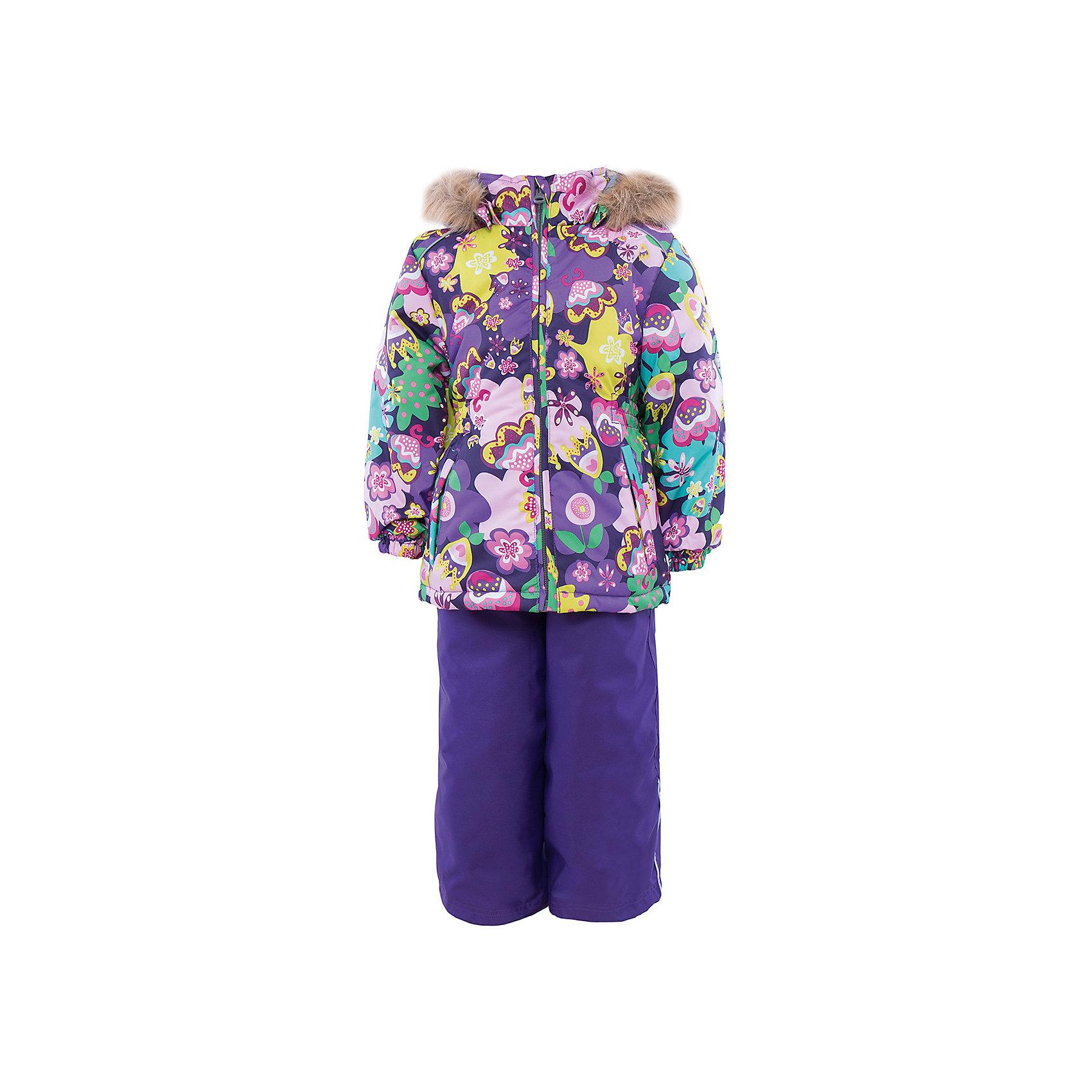 Комплект   для девочки HuppaЗимний комплект WONDER Huppa(Хуппа) состоит из  полукомбинезона и куртки. <br><br>Утеплитель: 100% полиэстер. Куртка – 300 гр., полукомбинезон – 160 гр.<br><br>Температурный режим: до -30 градусов. Степень утепления – высокая. <br><br>* Температурный режим указан приблизительно — необходимо, прежде всего, ориентироваться на ощущения ребенка. Температурный режим работает в случае соблюдения правила многослойности – использования флисовой поддевы и термобелья.<br><br>Яркая зимняя куртка с необычным дизайном изготовлена из качественных и прочных материалов. Резинки на рукавах помогут избежать попадания снега под одежду. Специальная мембрана не даст воде и холодному воздуху проникнуть под одежду и поможет избавиться от лишней влаги, выделяемой телом. Брюки на подтяжках имеют резинки на талии и манжетах. В комплекте Huppa ребенку будет тепло и комфортно!<br><br>Дополнительная информация:<br>Съемный капюшон (мех не отстегивается)<br>Шаговый шов проклеен<br>Материал: 100% полиэстер<br>Подкладка: тафта - 100% полиэстер, флис - 100% полиэстер<br>Цвет: лиловый/зеленый<br><br>Комплект WONDER Huppa(Хуппа) можно приобрести в нашем интернет-магазине.<br><br>Ширина мм: 356<br>Глубина мм: 10<br>Высота мм: 245<br>Вес г: 519<br>Цвет: фиолетовый<br>Возраст от месяцев: 18<br>Возраст до месяцев: 24<br>Пол: Женский<br>Возраст: Детский<br>Размер: 92,140,134,128,122,116,110,104,98<br>SKU: 4928862