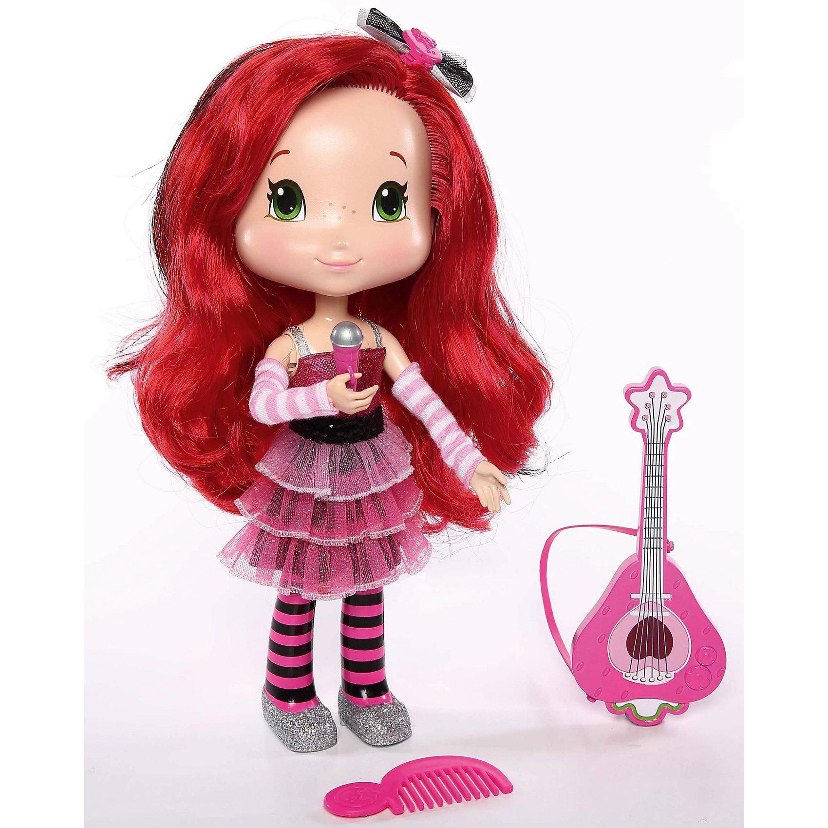 Поющая кукла Земляничка, 28 см, с аксессуарами, The BridgeИнтерактивные куклы<br>Милая кукла Земляничка обязательно понравится Вашей девочке! У куколки красивые длинные волосы, из которые можно сделать самые разнообразные прически. А еще, Земляничка может петь и произносить фразы из мультфильма.<br><br>В наборе:  кукла Земляничка, гитара, микрофон, расческа, бантик для волос и пропуск на шоу.<br><br>Дополнительная информация:<br><br>- Возраст: от 3 лет.<br>- Материал: пластик, текстиль.<br>- 3 батарейки (входят в комплект).<br>- Размер куклы: 28 см.<br>- Размер упаковки: 33x28x9  см.<br><br>Купить поющую куклу Земляничка с аксессуарами, можно в нашем магазине.<br><br>Ширина мм: 285<br>Глубина мм: 90<br>Высота мм: 330<br>Вес г: 803<br>Возраст от месяцев: 36<br>Возраст до месяцев: 120<br>Пол: Женский<br>Возраст: Детский<br>SKU: 4929084
