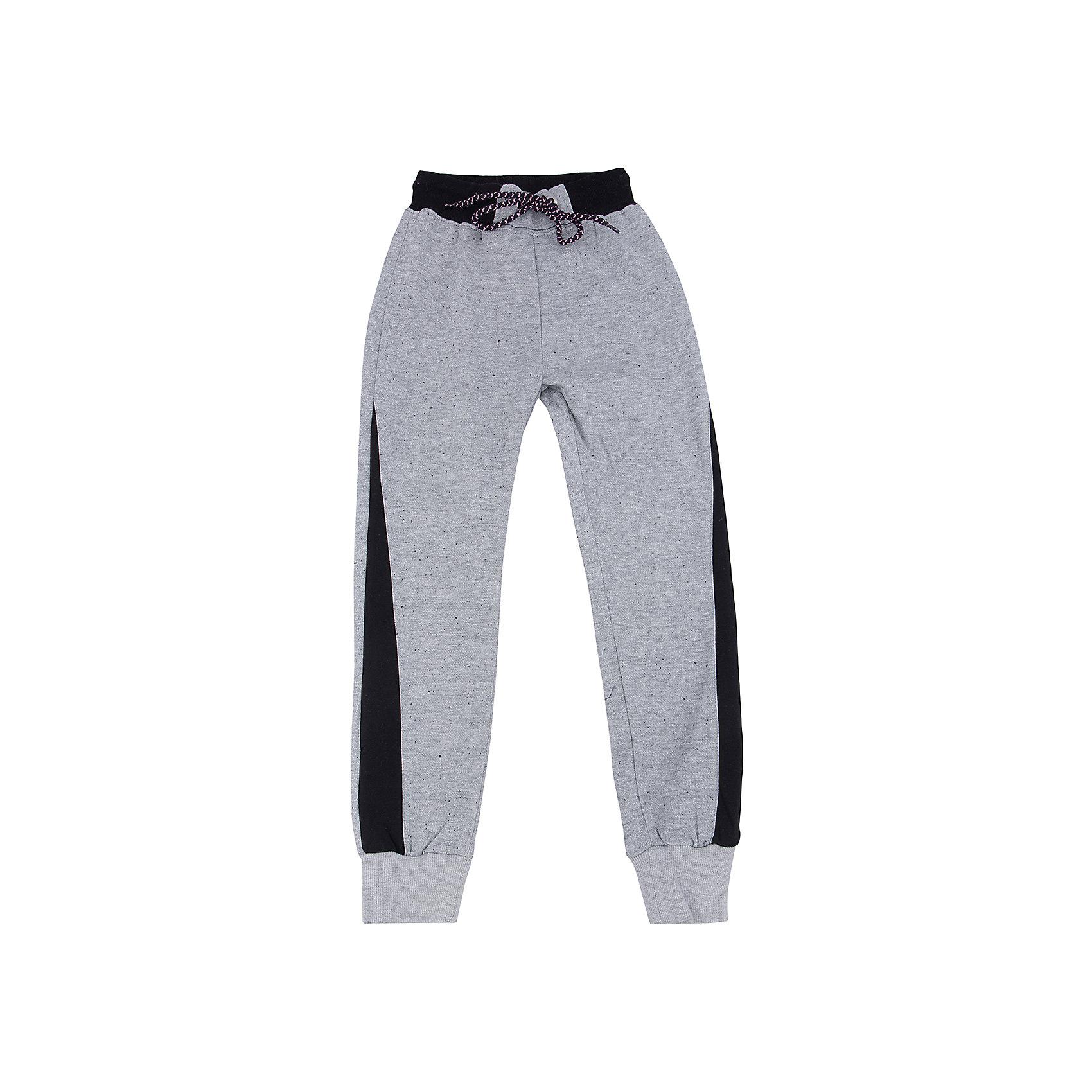 Брюки для девочки LuminosoБрюки<br>Характеристики товара:<br><br>- цвет: разноцветный;<br>- материал: 80% хлопок, 20% полиэстер;<br>- трикотаж;<br>- мягкая резинка и шнурок в поясе.<br><br>Стильная одежда от бренда Luminoso (Люминосо), созданная при участии итальянских дизайнеров, учитывает потребности подростков и последние веяния моды. Она удобная и модная.<br>Эти стильные спортивные брюки отлично впишутся в гардероб девочки. Они хорошо сидят на ребенке, обеспечивают комфорт и отлично сочетаются с одежной разных стилей. Модель отличается высоким качеством материала и продуманным дизайном. Натуральный хлопок в составе изделия делает его дышащим, приятным на ощупь и гипоаллергеным.<br><br>Брюки для девочки от бренда Luminoso (Люминосо) можно купить в нашем интернет-магазине.<br><br>Ширина мм: 215<br>Глубина мм: 88<br>Высота мм: 191<br>Вес г: 336<br>Цвет: серый<br>Возраст от месяцев: 156<br>Возраст до месяцев: 168<br>Пол: Женский<br>Возраст: Детский<br>Размер: 164,134,140,146,152,158<br>SKU: 4929640