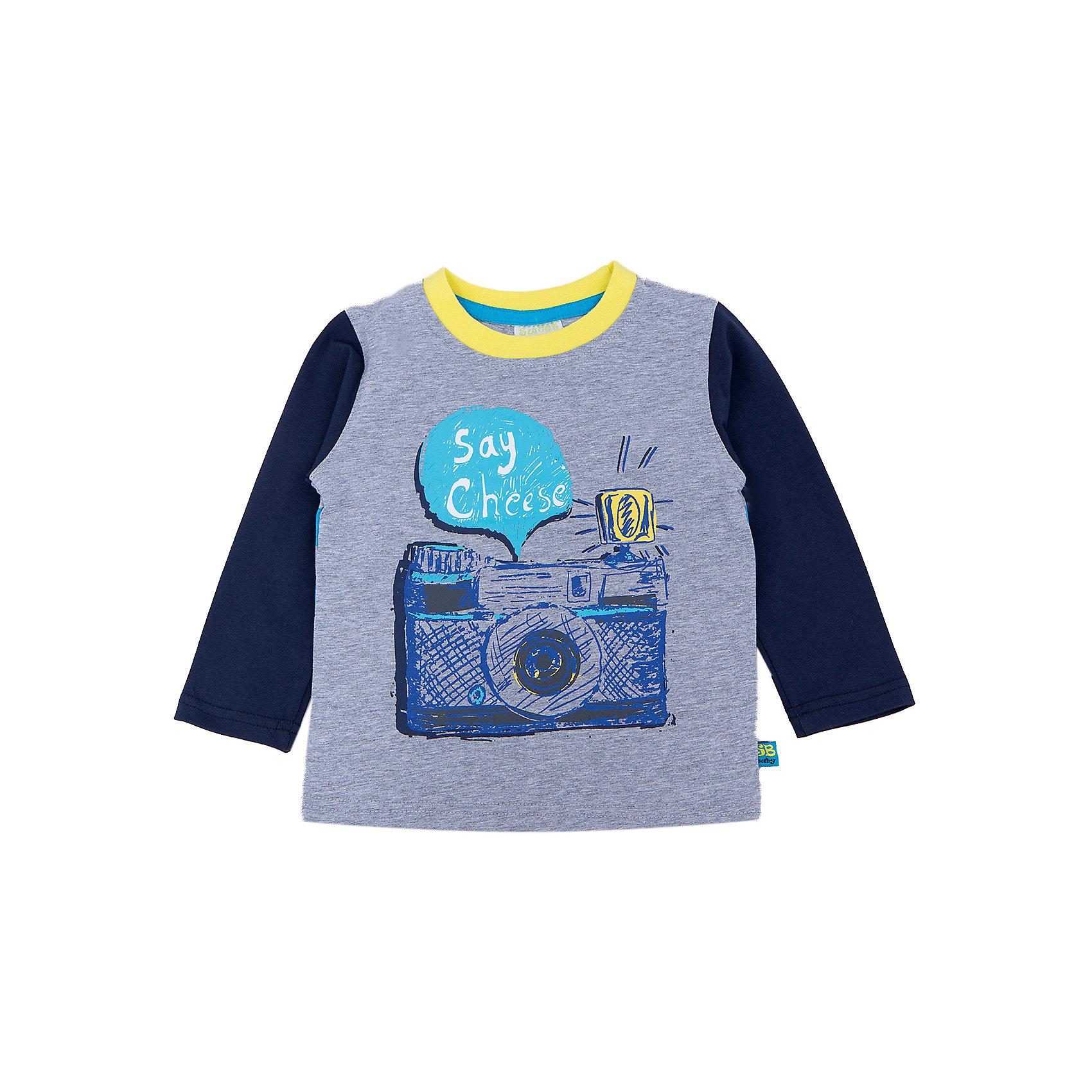 Футболка с длинным рукавом для мальчика Sweet BerryЯркая  и стильная футболка с длинным рукавом для мальчиков торговой марки Sweet Berry . Горловина модели выполнена  из эластичной трикотажной резинки контрастного цвета. Рукава - из контрастного трикотажа.  Футболка украшена модным принтом и имеет насыщенную расцветку. Такая стильная футболка торговой марки Sweet Berry будет прекрасным дополнением к гардеробу Вашего ребенка.<br><br> Дополнительная информация:<br><br>- комплектация: лонгслив<br>- материал: 95% хлопок 5% эластан<br>- коллекция: осень-зима 2016<br>- сезон: зима<br>- пол: для мальчиков<br>- возраст: детский<br>- цвет: серый. <br>- размер упаковки (дхшхв), 20 * 15 * 1 см<br>- вес в упаковке, 90 г<br><br>Футболку с  длинным рукавом  для мальчика торговой марки Sweet Berry можно купить в нашем интернет-магазине<br><br>Ширина мм: 230<br>Глубина мм: 40<br>Высота мм: 220<br>Вес г: 250<br>Цвет: серый<br>Возраст от месяцев: 12<br>Возраст до месяцев: 15<br>Пол: Мужской<br>Возраст: Детский<br>Размер: 80,98,86,92<br>SKU: 4929772