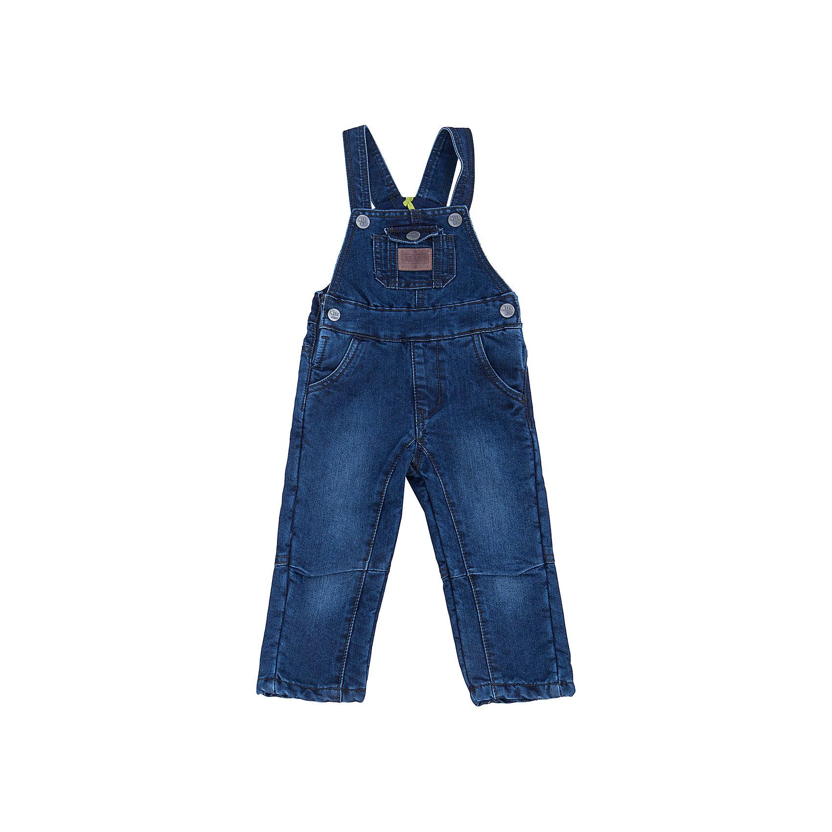 Комбинезон джинсовый для мальчика Sweet BerryДжинсовая одежда<br>Стильный джинсовый полукомбинезон для мальчика  торговой марки Sweet Berry идеально подойдет Вашему малышу и станет отличным дополнением к детскому гардеробу. Изготовленный из 100%  хлопка, он необычайно мягкий и приятный на ощупь, не сковывает движения и позволяет коже дышать, не раздражает ее. Полукомбинезон с высокой грудкой имеет широкие регулируемые бретели. По бокам полукомбенезон застегивается на металлические пуговицы. Спереди предусмотрены два втачных кармана, а сзади - два накладных . На груди расположен накладной кармашек, дополненный небольшой кожаной вставкой. В таком полукомбинезоне ваш маленький мужчина будет чувствовать себя комфортно, уютно и всегда будет в центре внимания!<br>Инструкция по уходу: бережная стирка в прохладной воде при температуре 30°С, гладить при низкой температуре, не отбеливать, химчистка запрещена, не разрешено отжимать в центрифуге.<br><br> Дополнительная информация:<br><br>- комплектация: полукомбинезон<br>- цвет: синий<br>- состав: хлопок 100%<br>- тип карманов: прорезные<br>- параметры брючин: ширина брючин - низ: 13 см; длина по внутреннему шву: 35 см<br>- длина изделия: по спинке: 55 см<br>- крой брючин: прямой<br>- вид застежки: замок с ключом<br>- утеплитель: флис<br>- фактура материала: гладкий<br>- уход за вещами: бережная стирка при t не более 40с<br>- рисунок: без рисунка<br>- назначение: повседневная<br>- сезон: демисезон<br>- пол: мальчики<br><br>Полукомбинезон  для мальчика торговой марки  Sweet Berry можно купить в нашем интернет-магазине<br><br>Ширина мм: 215<br>Глубина мм: 88<br>Высота мм: 191<br>Вес г: 336<br>Цвет: синий<br>Возраст от месяцев: 12<br>Возраст до месяцев: 15<br>Пол: Мужской<br>Возраст: Детский<br>Размер: 80,98,86,92<br>SKU: 4929797