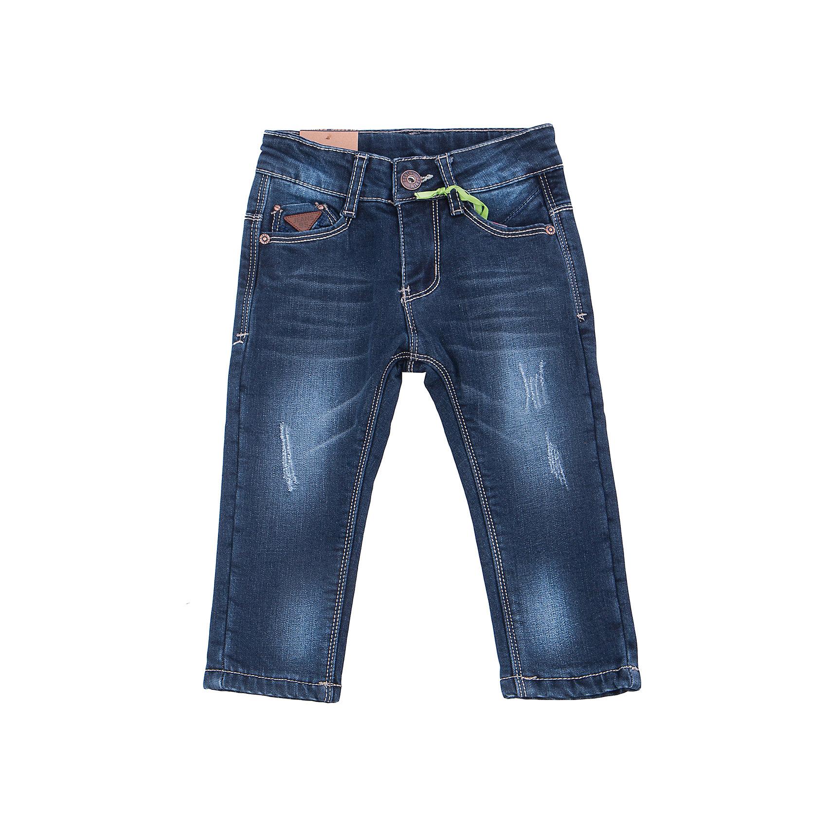 Джинсы для мальчика Sweet BerryТакая модель джинсов для мальчика отличается модным дизайном с контрастной прострочкой. Удачный крой обеспечит ребенку комфорт и тепло. Мягкая и теплая хлопковая подкладка делает вещь идеальной для прохладной погоды. Она плотно прилегает к телу там, где нужно, и отлично сидит по фигуре. Джинсы имеют регулировку размера на талии и удобные карманы.<br><br>Одежда от бренда Sweet Berry - это простой и выгодный способ одеть ребенка удобно и стильно. Всё изделия тщательно проработаны: швы - прочные, материал - качественный, фурнитура - подобранная специально для детей. <br><br>Дополнительная информация:<br><br>цвет: синий;<br>имитация потертостей;<br>материал: верх - 98% хлопок, 2% эластан, подкладка - 100% полиэстер;<br>внутри на поясе - регулировка размера;<br>карманы.<br><br>Джинсы для мальчика от бренда Sweet Berry можно купить в нашем интернет-магазине.<br><br>Ширина мм: 215<br>Глубина мм: 88<br>Высота мм: 191<br>Вес г: 336<br>Цвет: синий<br>Возраст от месяцев: 12<br>Возраст до месяцев: 15<br>Пол: Мужской<br>Возраст: Детский<br>Размер: 98,92,86,80<br>SKU: 4929932