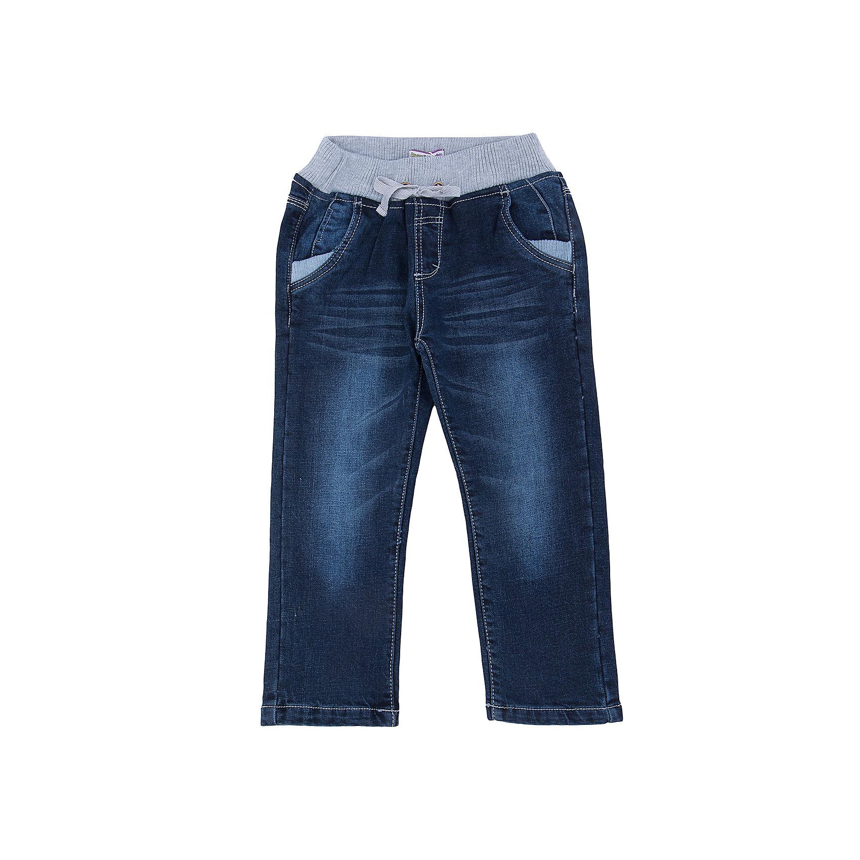 Джинсы для мальчика Sweet BerryТакая модель брюк для мальчика отличается мягким и приятным на ощупь материалом. Удачный крой обеспечит ребенку комфорт и тепло. Плотная ткань делает вещь идеальной для прохладной погоды. Она плотно прилегает к телу там, где нужно, и отлично сидит по фигуре. Брюки имеют резинку и шнурок на талии. <br>Одежда от бренда Sweet Berry - это простой и выгодный способ одеть ребенка удобно и стильно. Всё изделия тщательно проработаны: швы - прочные, материал - качественный, фурнитура - подобранная специально для детей. <br><br>Дополнительная информация:<br><br>цвет: синий;<br>резинка и шнурок на талии;<br>материал: верх - 100% хлопок, подкладка - 100% хлопок.<br><br>Брюки для мальчика от бренда Sweet Berry можно купить в нашем интернет-магазине.<br><br>Ширина мм: 215<br>Глубина мм: 88<br>Высота мм: 191<br>Вес г: 336<br>Цвет: синий<br>Возраст от месяцев: 24<br>Возраст до месяцев: 36<br>Пол: Мужской<br>Возраст: Детский<br>Размер: 98,104,110,116,122,128<br>SKU: 4930016