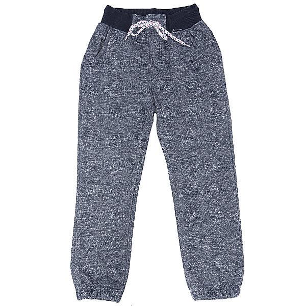 Брюки для мальчика Sweet BerryСпортивная одежда<br>Такая модель брюк для мальчика отличается мягким и приятным на ощупь материалом. Удачный крой обеспечит ребенку комфорт и тепло. Плотная ткань делает вещь идеальной для прохладной погоды. Она плотно прилегает к телу там, где нужно, и отлично сидит по фигуре. Брюки имеют резинку и шнурок на талии. <br>Одежда от бренда Sweet Berry - это простой и выгодный способ одеть ребенка удобно и стильно. Всё изделия тщательно проработаны: швы - прочные, материал - качественный, фурнитура - подобранная специально для детей. <br><br>Дополнительная информация:<br><br>цвет: синий;<br>резинка и шнурок на талии;<br>материал: 90% хлопок, 10% полиэстер.<br><br>Брюки для мальчика от бренда Sweet Berry можно купить в нашем интернет-магазине.<br><br>Ширина мм: 215<br>Глубина мм: 88<br>Высота мм: 191<br>Вес г: 336<br>Цвет: синий<br>Возраст от месяцев: 36<br>Возраст до месяцев: 48<br>Пол: Мужской<br>Возраст: Детский<br>Размер: 104,98,110,116,122,128<br>SKU: 4930438